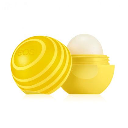 EOS Бальзам для губ Active Protection Lip Balm Lemon Twist, 7 г013184Натуральный бальзам для губ со вкусом лимона в футляре из пластика (упакован на картонную подложку). SPF 15. Не содержит парабенов, глютена и продуктов нефтехимии. Применяется в косметических целях для увлажнения и питания губ.