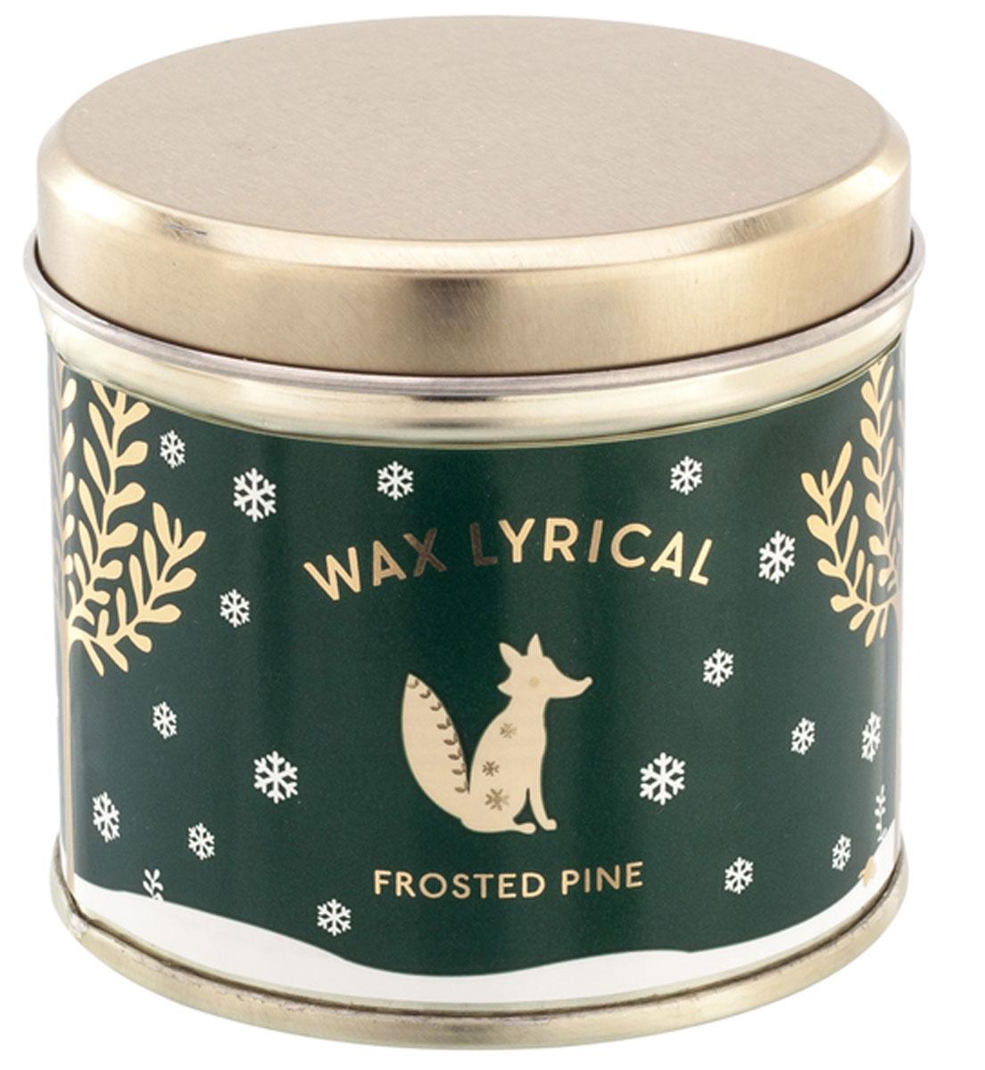 Свеча ароматизированная Wax Lyrical Зимняя сосна, 220 гCHR2024Глубокий аромат зимней хвои. Он переносит в атмосферу леса, окутанного тихой морозной ночью, которая наполняет воздух древесными нотами с прохладными зелеными аккордами.