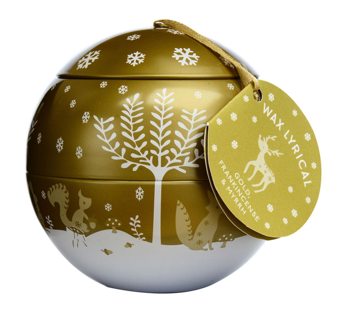 Свеча ароматизированная Wax Lyrical Зимний лес, 430 гCHR2019Богатый аромат, наполняющий пространство бархатными нотами карамели, ванили и цветами жасмина. Интересная теплая композиция, созданная специально для уютных зимних вечеров.