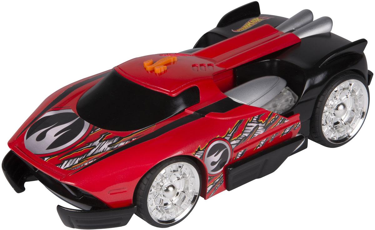 Hot Wheels Машинка Black MaelstromHW90727Невероятно красивая, яркая машинка Hot Wheels Black Maelstrom с электроприводом из серии Turbo Expander - желанный подарок для каждого юного поклонника игрушечных автомобилей, а особенно высокоскоростных гоночных авто. Корпус машины выполнен в красно-черной цветовой гамме, эффектный дизайн великолепно дополняют блестящие хромированные колеса и принты, имитирующие повреждения краски. Машинка является электромеханической - работает от батареек, запускается в движение электроприводом, встроенным в модель, при помощи кнопки, расположенной в верхней части корпуса, оснащена звуковыми и световыми эффектами. Имеет как игровую, так и коллекционную ценность. Рекомендуется докупить 3 батарейки напряжением 1,5V типа АА/LR6 (товар комплектуется демонстрационными).