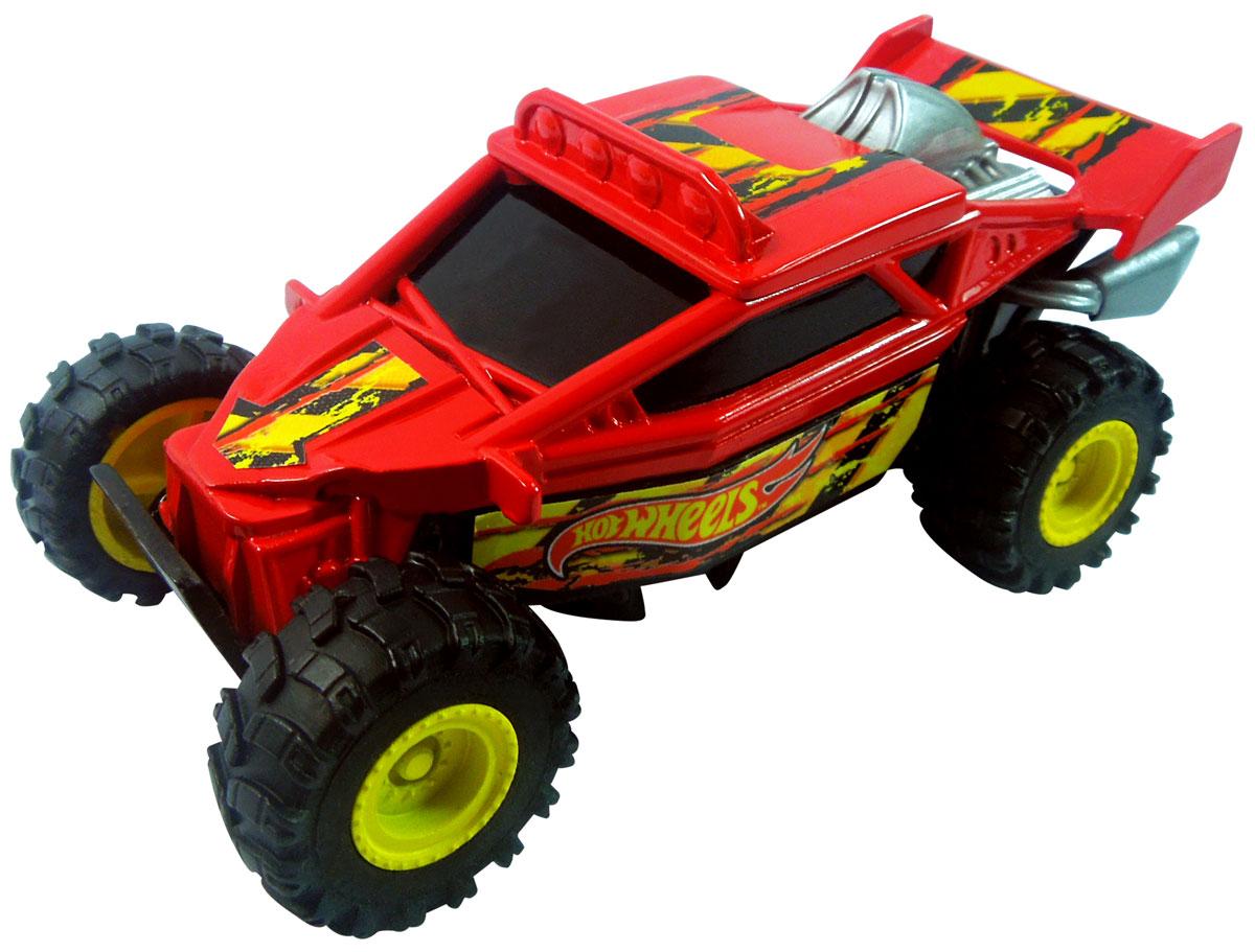 Hot Wheels Машинка Dune-It UpHW91606Машинка Hot Wheels Dune-It Up из серии Stunt Jumper - отличный выбор оригинального и приятного подарка как для поклонников машинок легендарного бренда Hot Wheels, так и для всех, кто любит яркие игрушечные автомобили с необычным функционалом. Благодаря встроенной в нижнюю часть корпуса пружине, во время движения машинка подпрыгивает и переворачивается! Ярко красный цвет корпуса модели непременно понравятся детям, а стильный дизайн и качество игрушки оценят даже взрослые! Машинка изготовлена из высококачественного пластика. Игрушка имеет как игровую, так и коллекционную ценность.