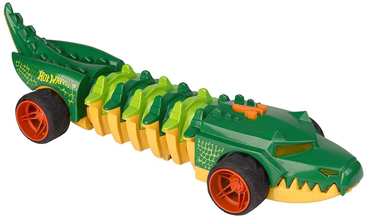 Hot Wheels Машинка Commander CrocHW90731Потрясающая машинка Hot Wheels Commander Croc из серии Mutant Machines, двигающаяся по виляющей траектории - отличный подарок для каждого любителя необычных авто. Автомобиль выполнен в ярком дизайне, стилизованном под аллигатора, цветовая гамма сочетает ярко-зеленый и желтый цвета. Машинка является электромеханической - работает от батареек, запускается в движение при помощи кнопки, расположенной в верхней части корпуса, оснащена звуковыми и световыми эффектами. Рекомендуется докупить 3 батарейки напряжением 1,5V типа AAA/LR03 (товар комплектуется демонстрационными).