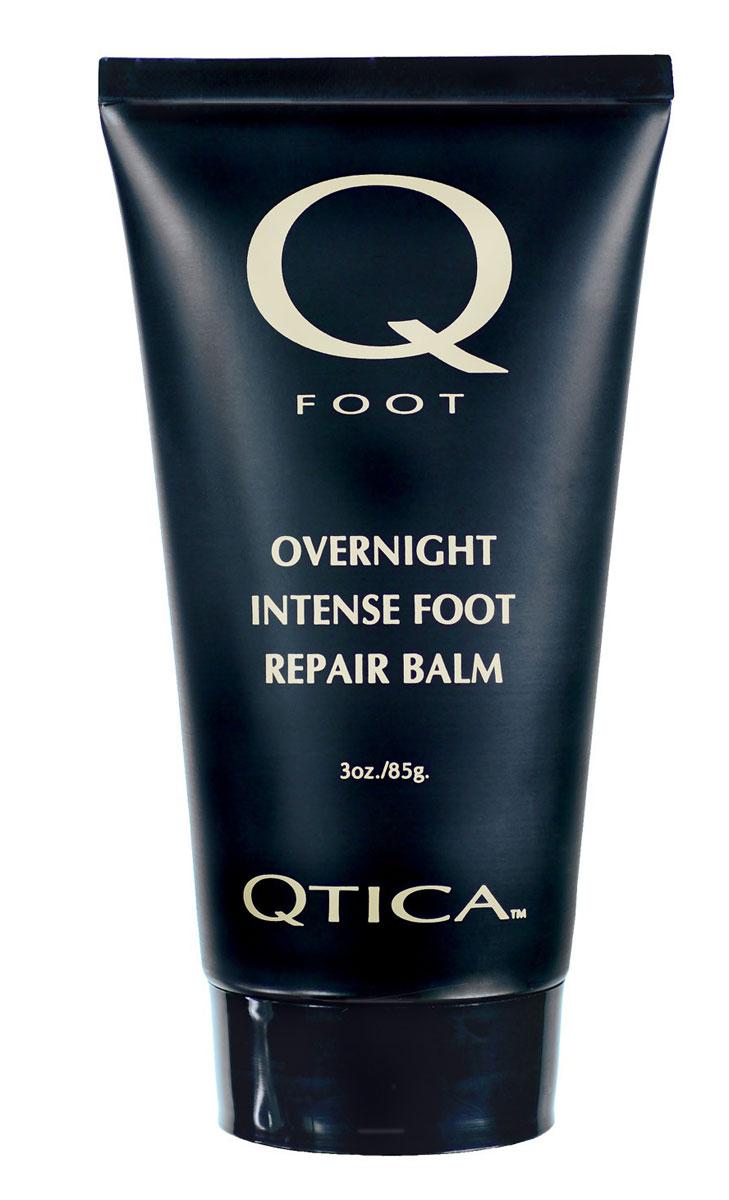 Zoya-Qtica Бальзам для ног восстанавливающий ночной Qtica 85 млQTFR01Интенсивный ночной крем Qtica восстановит даже самую поврежденную кожу ног, заживит трещины на пятках и смягчит даже самые давние мозоли. Во время педикюра нанесите Интенсивный ночной крем Qtica после скраба для ног до проведения термопроцедур. Активные компоненты: воск, витамины А, С, D и Е, пантенол, алоэ вера.