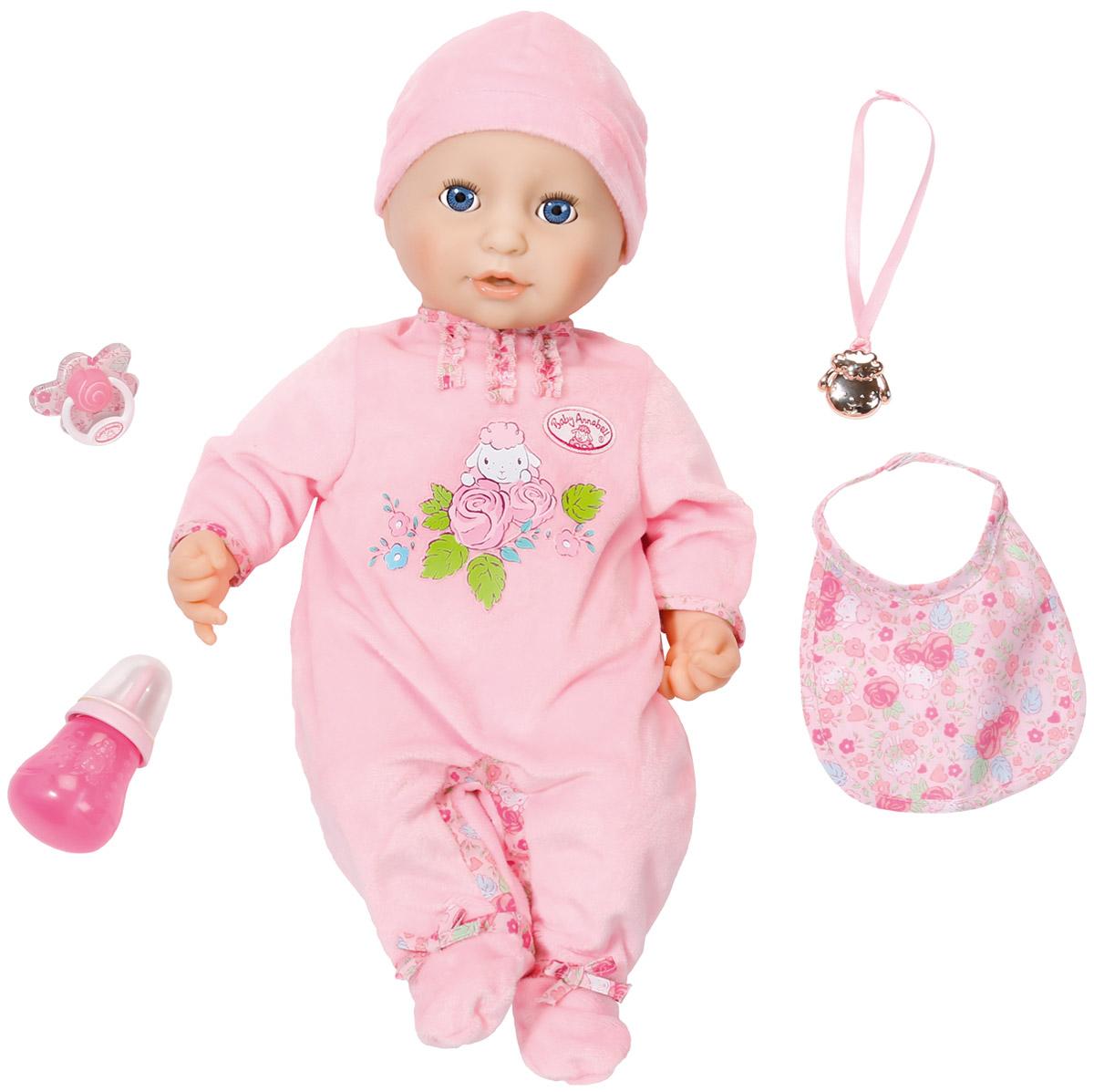Baby Annabell Пупс с мимикой в розовом комбинезоне 794-821794-821Интерактивная кукла Baby Annabell порадует вашу малышку и доставит ей много удовольствия от часов, посвященных игре с ней. Кукла выглядит совсем как настоящий младенец. У девочки большие голубые глазки, длинные ресницы, пухлые розовые щечки и поджатые губки. Малышка одета в розовый комбинезончик, на голове шапочка. Ручки, ножки и голова выполнены из высококачественного мягкого винила, туловище мягконабивное. Кукла выглядит очень реалистично и ведет себя как настоящий ребенок. Пупс обладает живой мимикой, она смешно двигает ртом и причмокивает, когда сосет соску или пьет из бутылочки. При этом у нее сонно открываются и закрываются глазки. Малышка реагирует на маму, издавая различные звуки, чихает, хихикает, агукает, что-то лепечет и посапывает во время сна. После кормления малышка срыгивает. Если ее испугает громкий звук, она начнет плакать настоящими слезами и успокоится, только получив соску или бутылочку. Нажав на пупочек куклы, она начнет писать....