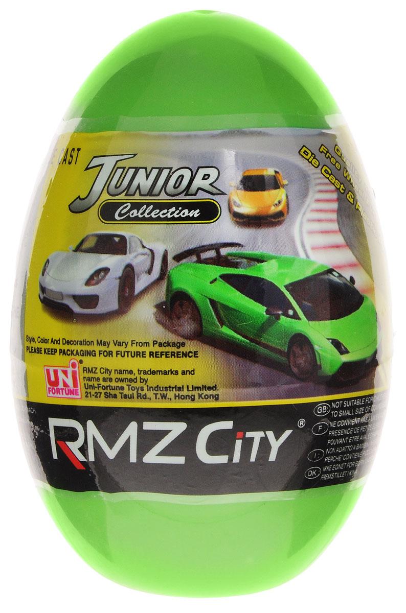 Uni-Fortune Toys Яйцо с моделью автомобиля340000S-36QКаждый мальчик будет рад яйцу с сюрпризом, ведь в нем спрятана металлическая модель машинки в масштабе 1/64. В серии RMZ City всего представлено 9 моделей. Машинка отлично развивает скорость на гладкой поверхности, если ее подтолкнуть, и в точности повторяет внешний вид настоящего автомобиля.