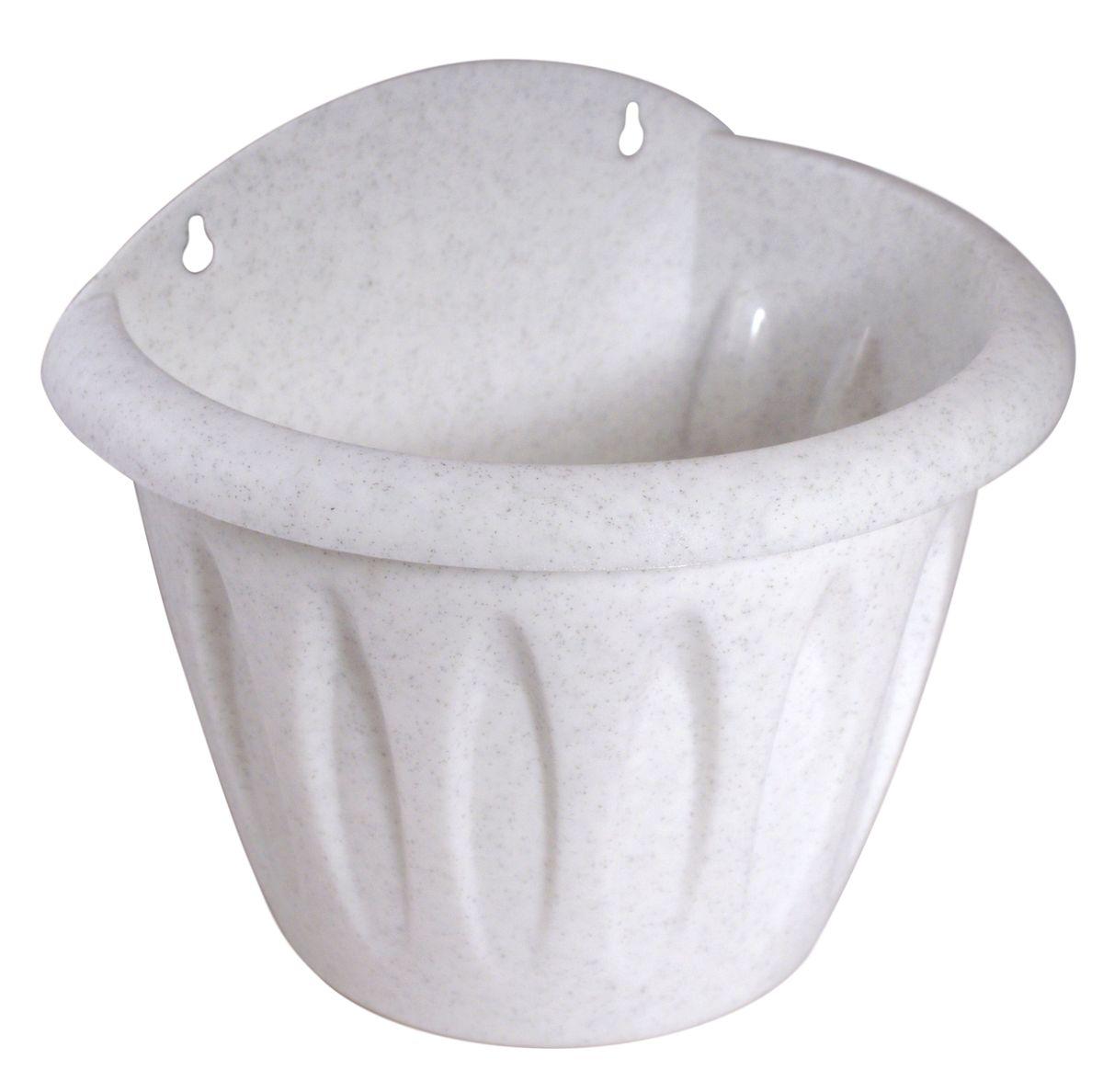 Кашпо настенное Martika Фелиция, цвет: мрамор, 20 х 14,6 х 17,3 смMRC121MНастенное кашпо Martika Фелиция изготовлено из высококачественного пластика и имеет два удобных отверстия для крепления. Изделие прекрасно подойдет для выращивания растений дома и на приусадебных участках. Размер изделия: 20 х 14,6 х 17,3 см.