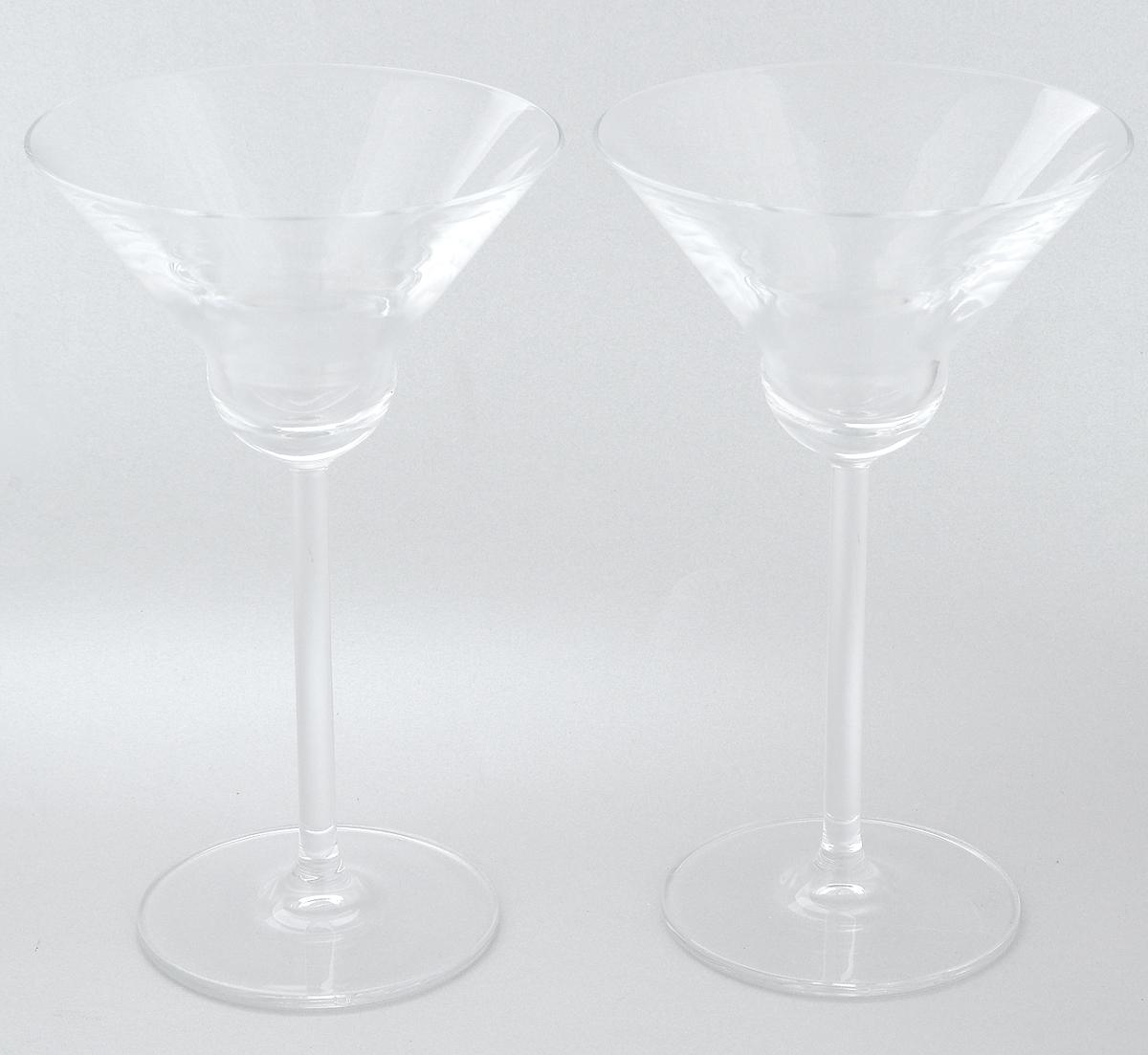 Набор бокалов Pasabahce Fusion, 190 мл, 2 шт67012NНабор Pasabahce Fusion состоит из двух бокалов, выполненных из прочного стекла. Изделия оснащены невысокими изящными ножками, отлично подходят для подачи коктейлей, мартини и других напитков. Бокалы сочетают в себе элегантный дизайн и функциональность. Набор бокалов Pasabahce Fusion прекрасно оформит праздничный стол и создаст приятную атмосферу за ужином. Такой набор также станет хорошим подарком к любому случаю. Можно мыть в посудомоечной машине. Диаметр бокала по верхнему краю: 11 см. Высота бокала: 18,2 см.