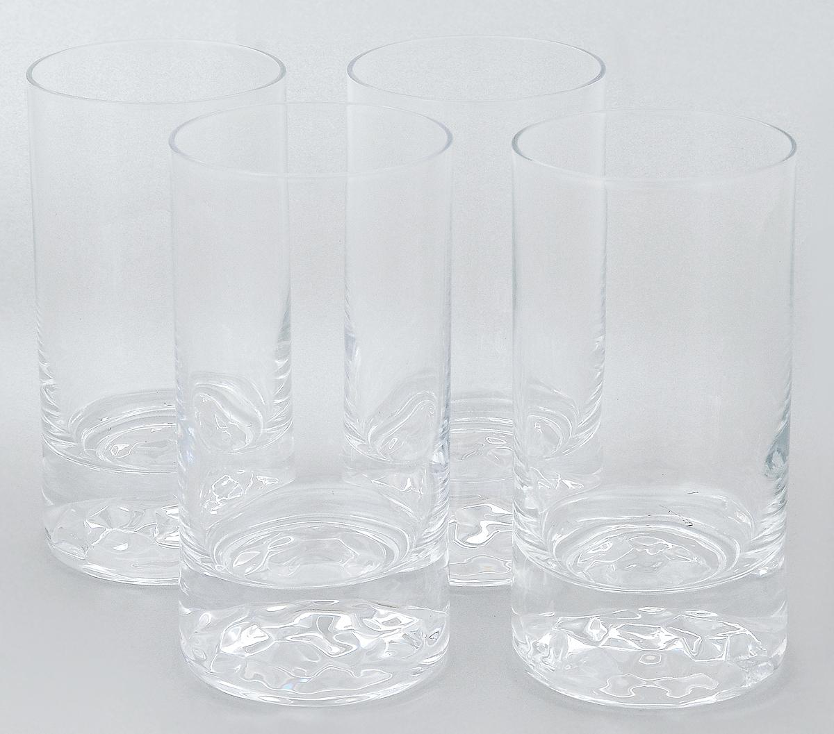 Набор стаканов Pasabahce Club, 280 мл, 4 шт64040NНабор Pasabahce Club состоит из 4 стаканов, выполненных из прочного натрий-кальций-силикатного стекла. Изделия предназначены для подачи воды и других безалкогольных напитков. Они отличаются особой прочностью, излучают приятный блеск и издают мелодичный хрустальный звон. Стаканы станут идеальным украшением праздничного стола и отличным подарком к любому празднику. Можно мыть в посудомоечной машине и использовать в микроволновой печи. Диаметр стакана (по верхнему краю): 6,5 см. Высота: 13 см.