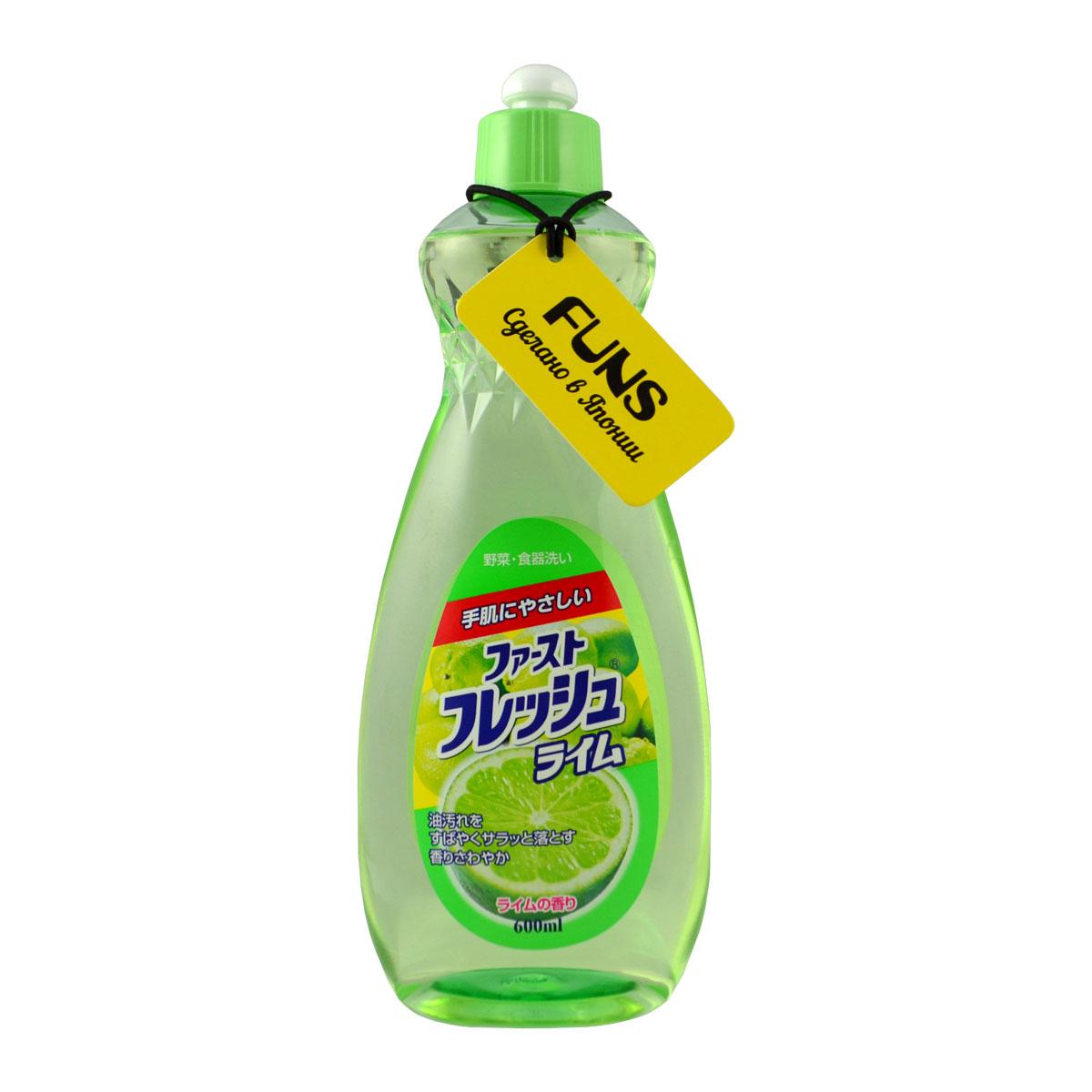 Жидкость для мытья посуды Funs, свежий лайм, 600 мл106038Жидкость для мытья посуды с ароматом лайма предназначена для мытья столовой посуды, посуды для приготовления пищи, овощей и фруктов. Средство полностью удаляет стойкие пятна жира и имеет приятный цитрусовый аромат. Экологически чистый продукт. Содержит растительный экстракт, безопасный для кожи. Не сушит и не раздражает кожу рук. Не оставляет запаха на овощах и фруктах. Прекрасно смывается водой с любой поверхности полностью и без остатка. Подходит для мытья детской посуды и аксессуаров для кормления новорожденных. Способ применения: На 1 л воды использовать 1.5 мл средства (примерно 1 чайная ложка). Способ хранения: хранить в недоступном для детей месте. Избегать воздействия прямых солнечных лучей на упаковку.