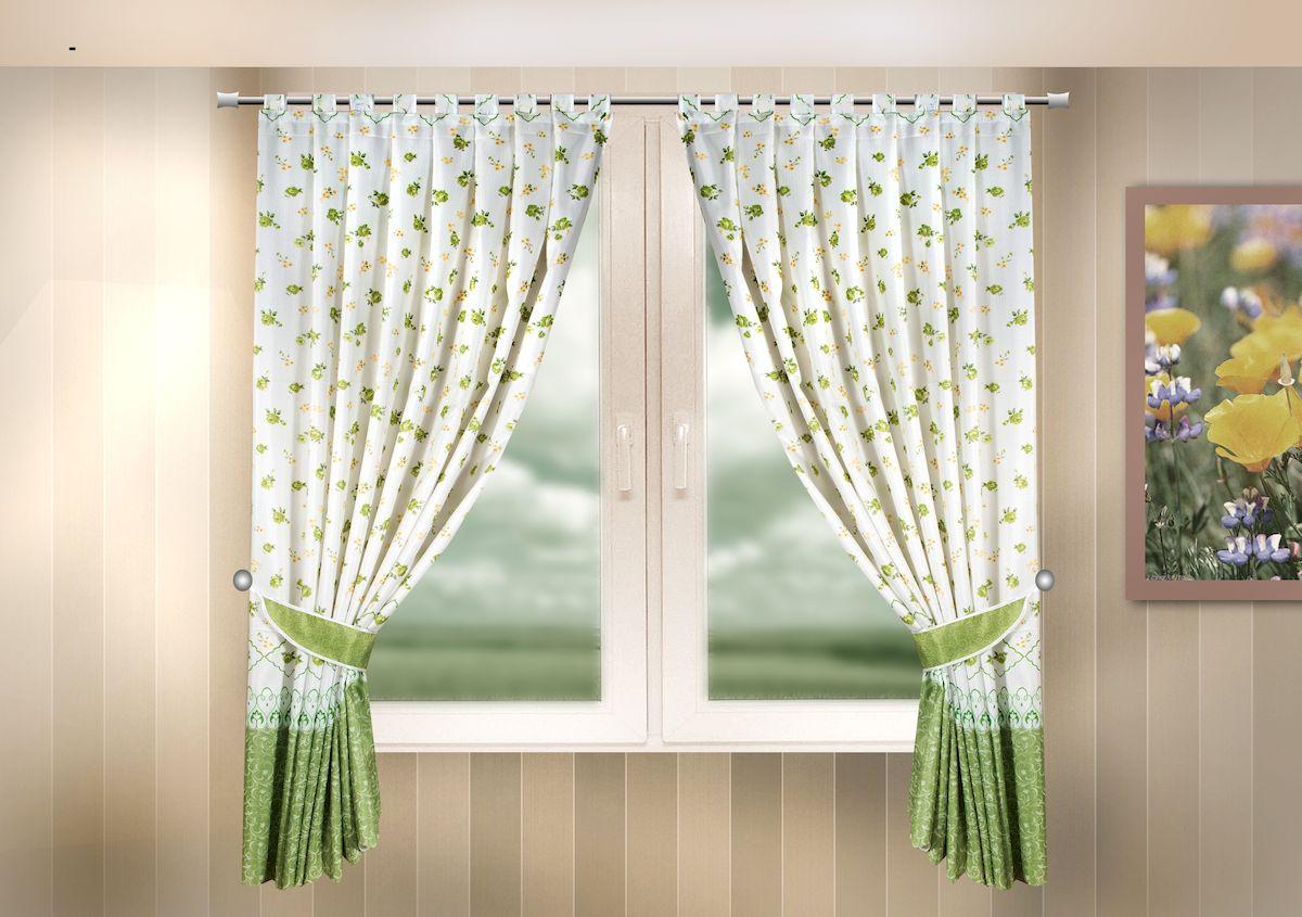 Комплект штор для кухни Zlata Korunka, на петлях, цвет: зеленый, высота 170 см. 333318333318Комплект штор для кухни Zlata Korunka, выполненный из полиэстера, великолепно украсит любое окно. Комплект состоит из 2 штор и 2 подхватов. Цветочный рисунок и приятная цветовая гамма привлекут к себе внимание и органично впишутся в интерьер помещения. Этот комплект будет долгое время радовать вас и вашу семью! Комплект крепится на карниз при помощи петель. В комплект входит: Штора: 2 шт. Размер (Ш х В): 140 х 170 см. Подхват: 2 шт.