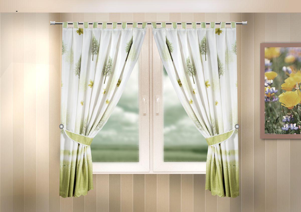 Комплект штор для кухни Zlata Korunka, на петлях, цвет: зеленый, высота 170 см. 333322333322Комплект штор для кухни Zlata Korunka, выполненный из полиэстера, великолепно украсит любое окно. Комплект состоит из 2 штор и 2 подхватов. Оригинальный рисунок и приятная цветовая гамма привлекут к себе внимание и органично впишутся в интерьер помещения. Этот комплект будет долгое время радовать вас и вашу семью! Комплект крепится на карниз при помощи петель. В комплект входит: Штора: 2 шт. Размер (Ш х В): 140 х 170 см. Подхват: 2 шт.