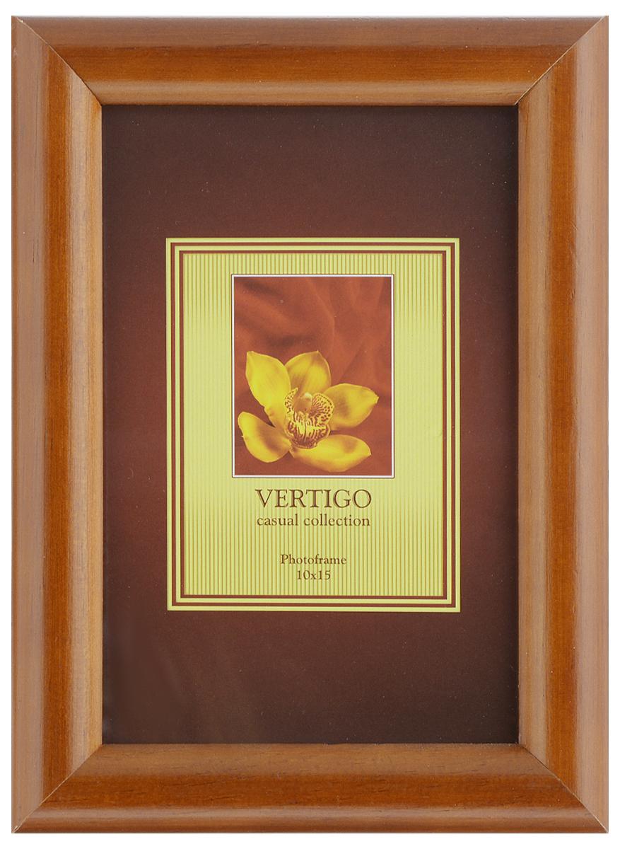 Фоторамка Vertigo Toscana, цвет: коричневый, 10 х 15 см12194 WF-022/194_коричневыйФоторамка Vertigo Toscana выполнена из дерева и стекла, защищающего фотографию. Обратная сторона рамки оснащена специальной ножкой, благодаря которой ее можно поставить на стол или любое другое место в доме или офисе. Также изделие оснащено специальными отверстиями для подвешивания на стену. Такая фоторамка поможет вам оригинально и стильно дополнить интерьер помещения, а также позволит сохранить память о дорогих вам людях и интересных событиях вашей жизни.