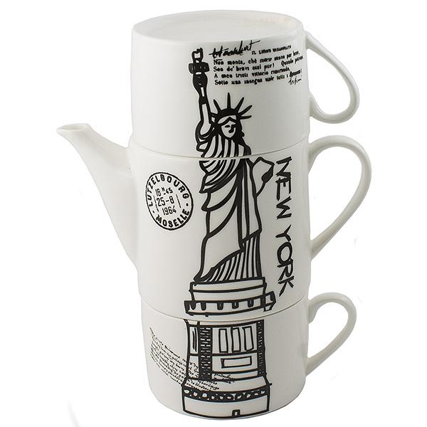 Чайник Эврика Нью-Йорк, с двумя кружками97457Необычный чайник Эврика Нью-Йорк выполнен из качественной керамики. Не каждый сразу догадается, что башня на вашей кухне на самом деле представляет собой чайный сет. Чайник с крышкой и две чашки, составленные пирамидкой, воспроизводят изображения знаменитых высоких достопримечательностей разных стран - башен, статуй, колоколен. Оригинальный дизайн и компактность - очевидные достоинства набора.