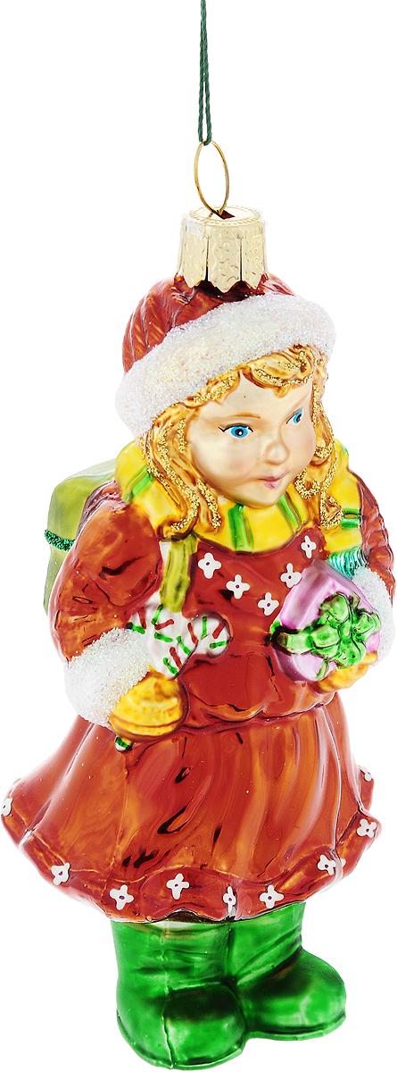 Украшение новогоднее подвесное Winter Wings Девочка с подарком, высота 11 смN07212Новогоднее украшение Winter Wings Девочка с подарком отлично подойдет для декорации вашего дома и новогодней ели. Изделие, выполненное из стекла, декорировано блестками и оснащено специальной петелькой для подвешивания. Елочная игрушка - символ Нового года. Она несет в себе волшебство и красоту праздника. Создайте в своем доме атмосферу веселья и радости, украшая всей семьей новогоднюю елку нарядными игрушками, которые будут из года в год накапливать теплоту воспоминаний.
