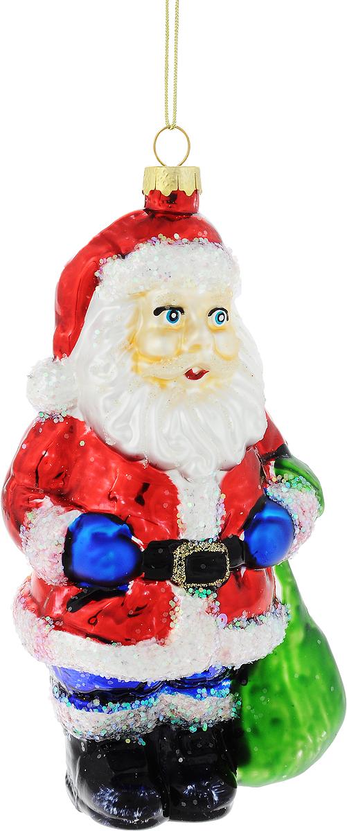 Украшение новогоднее подвесное Winter Wings Дед Мороз с подарком, высота 15,5 смN07339Новогоднее украшение Winter Wings Дед Мороз с подарком отлично подойдет для декорации вашего дома и новогодней ели. Изделие, выполненное из стекла, декорировано блестками и оснащено специальной петелькой для подвешивания. Елочная игрушка - символ Нового года. Она несет в себе волшебство и красоту праздника. Создайте в своем доме атмосферу веселья и радости, украшая всей семьей новогоднюю елку нарядными игрушками, которые будут из года в год накапливать теплоту воспоминаний.