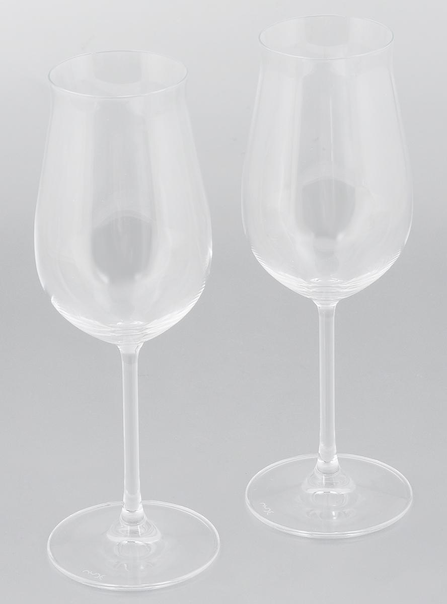 Набор бокалов для вина Pasabahce Vintage, 230 мл, 2 шт66113NНабор Pasabahce Vintage, выполненный из бессвинцового стекла, состоит из двух бокалов. Изделия предназначены для подачи вина. Они сочетают в себе элегантный дизайн и функциональность. Набор бокалов Pasabahce Vintage прекрасно оформит праздничный стол и создаст приятную атмосферу за романтическим ужином. Такой набор также станет хорошим подарком к любому случаю. Можно мыть в посудомоечной машине. Диаметр бокала (по верхнему краю): 5,5 см. Высота бокала: 22 см.