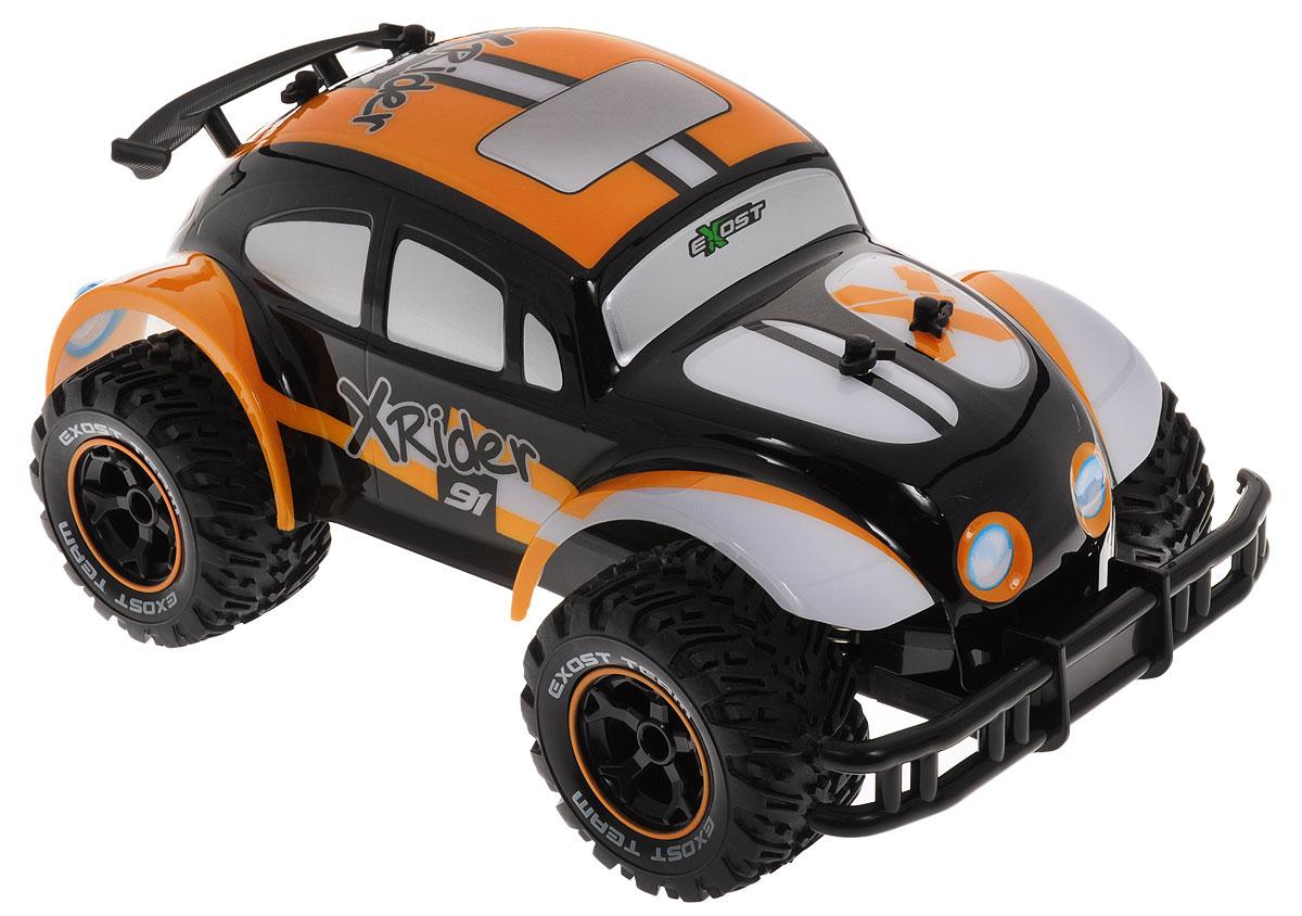 Silverlit Машина на радиоуправлении Икс Райдер цвет оранжевый черныйTE107_оранжевыйМашина на радиоуправлении Silverlit Икс Райдер обязательно понравится вашему ребенку и займет его внимание надолго. Когда смотришь на этот гоночный автомобиль на радиоуправлении с кузовом в ретро-стиле, кажется, как будто кто-то «прокачал» дедушкин «Жук». Изящный корпус с усиленным бампером, спойлером и ярким граффити смотрится необычно и даже обаятельно. Подо всем этим безумием спрятан мотор, способный разогнать игрушку до 8 км/ч. Машинка двигается вперед и назад, поворачивает направо и налево. Внедорожные шины с чётким протектором не позволяют колёсам проскальзывать на гладких поверхностях (стол, линолеум, ламинат, плитка). Радиоуправляемые игрушки способствуют развитию координации движений, моторики и ловкости. Ваш ребенок часами будет играть с моделью, придумывая различные истории и устраивая соревнования. Порадуйте его таким замечательным подарком! Машина работает аккумулятора (входит в комплект). Зарядное устройство также входит в комплект. Пульт...