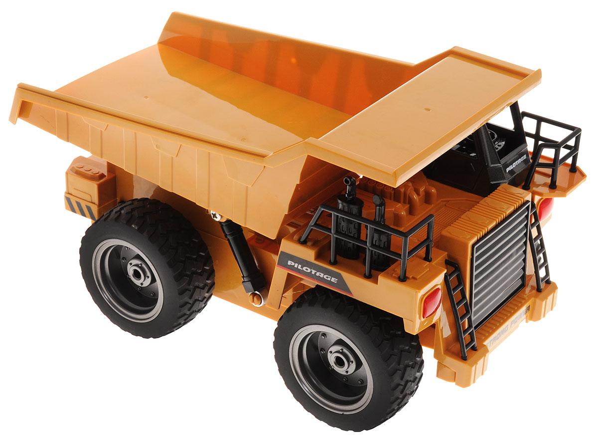 Pilotage Грузовик на радиоуправленииRC47808Грузовик на радиоуправлении Pilotage представляет собой уменьшенную копию настоящего грузовика. Чтобы машина начала двигаться, необходимо активировать ее работу нажатием на кнопку на пульте. Модель оснащена объемным кузовом При движении грузовика загорается светодиодная подвеска и слышен реалистичный звук работающей техники. Грузовик может двигаться во всех направлениях. Понятное управление грузовиком и его реалистичный внешний вид, сделают его любимой игрушкой, как для вашего ребенка, так и для вас. Простое нажатие кнопки моментально изменяет направление и скорость движения. Удаленное управление всеми функциями, а так же мощность и надежность конструкции и электроники, позволят использовать данную модель как дома, так и на улице, что дает возможность вам и вашему ребенку почувствовать себя настоящим водителем строительной техники. Радиоуправляемые игрушки развивают моторику ребенка, его логику, координацию движений и пространственное мышление. ...