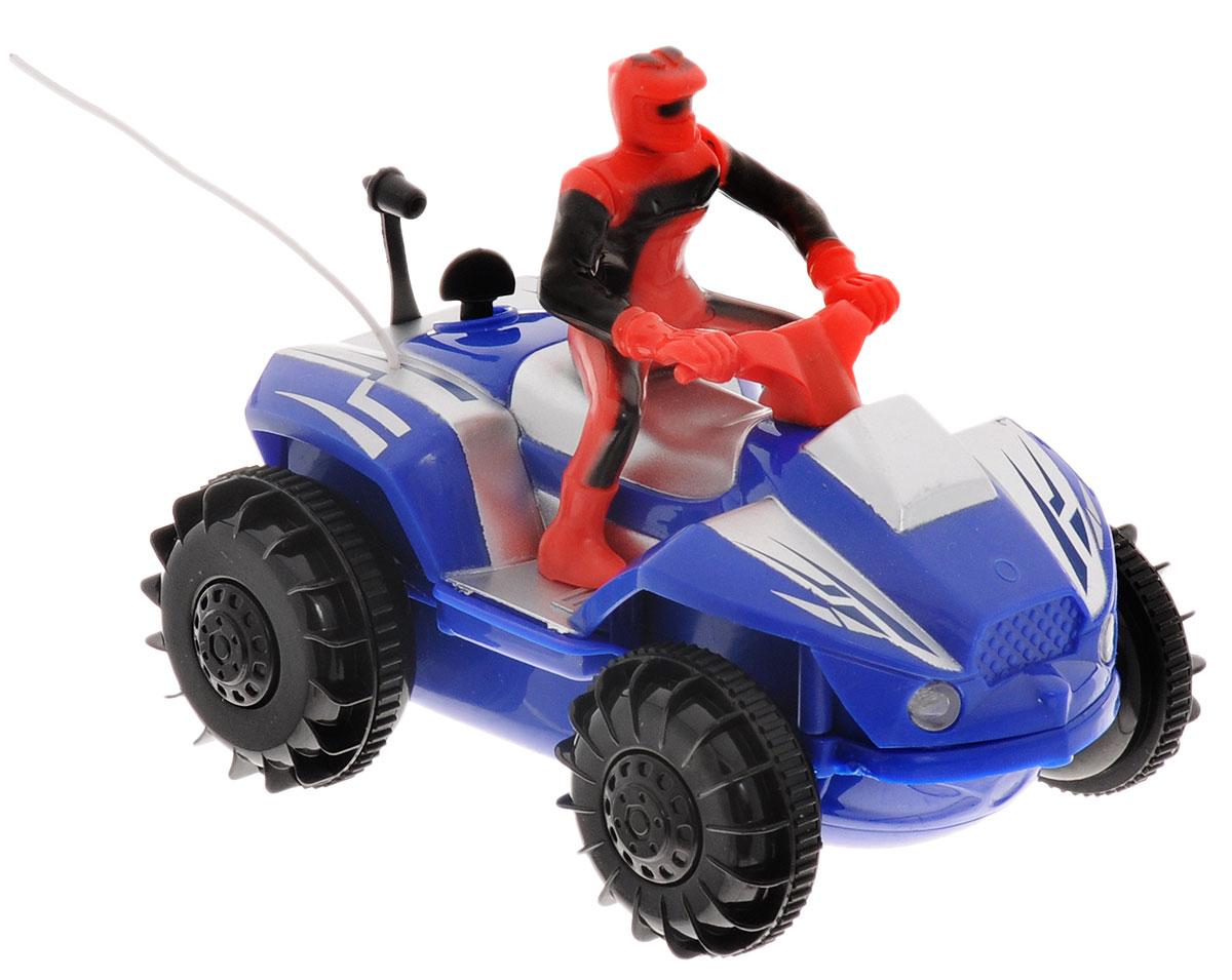 Pilotage Квадроцикл на радиоуправлении цвет синийRC42694Квадроцикл на радиоуправлении Pilotage представляет собой яркий квадроцикл с 3-канальным пультом радиоуправления. За рулем транспортного средства расположился гонщик в защитном костюме и в шлеме. Чтобы квадроцикл начал двигаться, необходимо активировать его работу нажатием на кнопку на пульте. Влагозащищенная модель оснащена специальными колесами с гребными лопастями, что позволяет с легкостью ездить (плавать) даже по воде! Нажатие специальной кнопки на пульте увеличивает скорость движения почти в два раза! Понятное управление квадроциклом и его реалистичный внешний вид сделают его любимой игрушкой для вашего ребенка. Простое нажатие кнопки моментально изменяет направление и скорость движения. Благодаря оптимальным размерам и внедорожным шинам, данный квадроцикл можно использовать как дома, так и на улице. Возможные движения игрушки: вперед-назад, влево-вправо, стоп. Радиоуправляемые игрушки развивают моторику ребенка, его логику, координацию движений и...