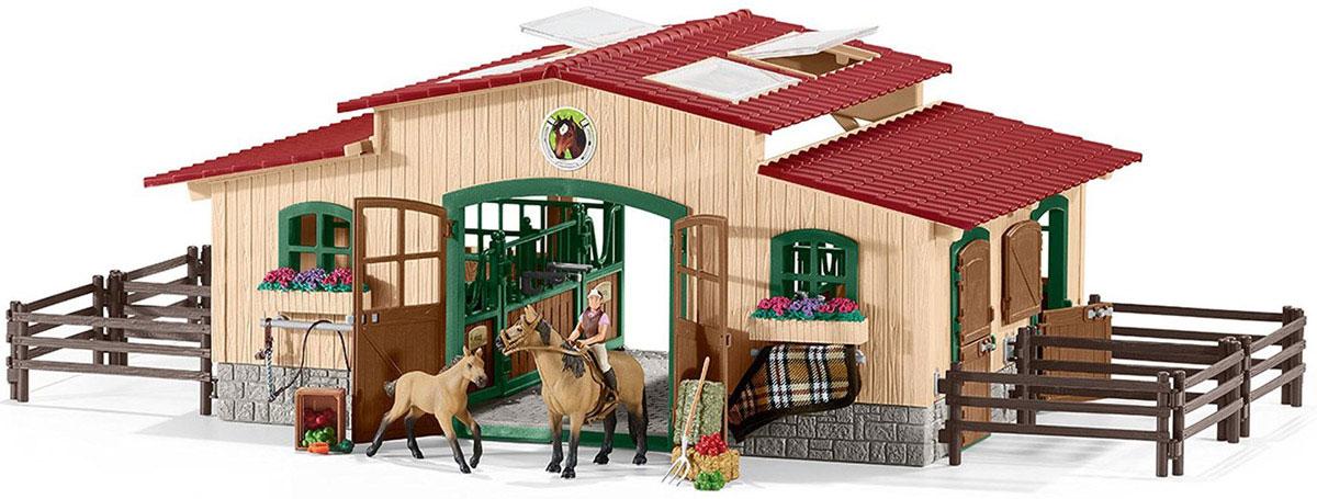 Schleich Игровой набор Конюшня с лошадьми42195Вместительная большая конюшня понравится каждому заводчику игрушечных лошадей. В игровом наборе Schleich Конюшня с лошадьми имеется все необходимое, чтобы любимые лошадки были накормлены, находились в тепле и смогли отдохнуть после прогулок или соревнований. Прекрасный день в конюшне! Солнце светит, и лошадки мирно пасутся за загоном. Конюшня расположена в идеальном месте у края леса. Цветы растут на лугах и в цветочных ящиках на окошках конюшни. Наездница Сара вернулась с прогулки верхом на лошадке Майе. Это была замечательная поездка! Она только что попробовала свое новое седло - оно подошло идеально! Сейчас она почистит шерстку своей любимой лошадке Майе и погладит ее. А потом покормит ее свежим кормом и соломой. После этого она хочет обнять и поласкать маленького жеребенка перед тем, как отправится домой. Стойла в новой конюшне очень большие. Лошади чувствуют себя в них уютно и комфортно. Все элементы набора выполнены из высококачественных материалов с максимальной...