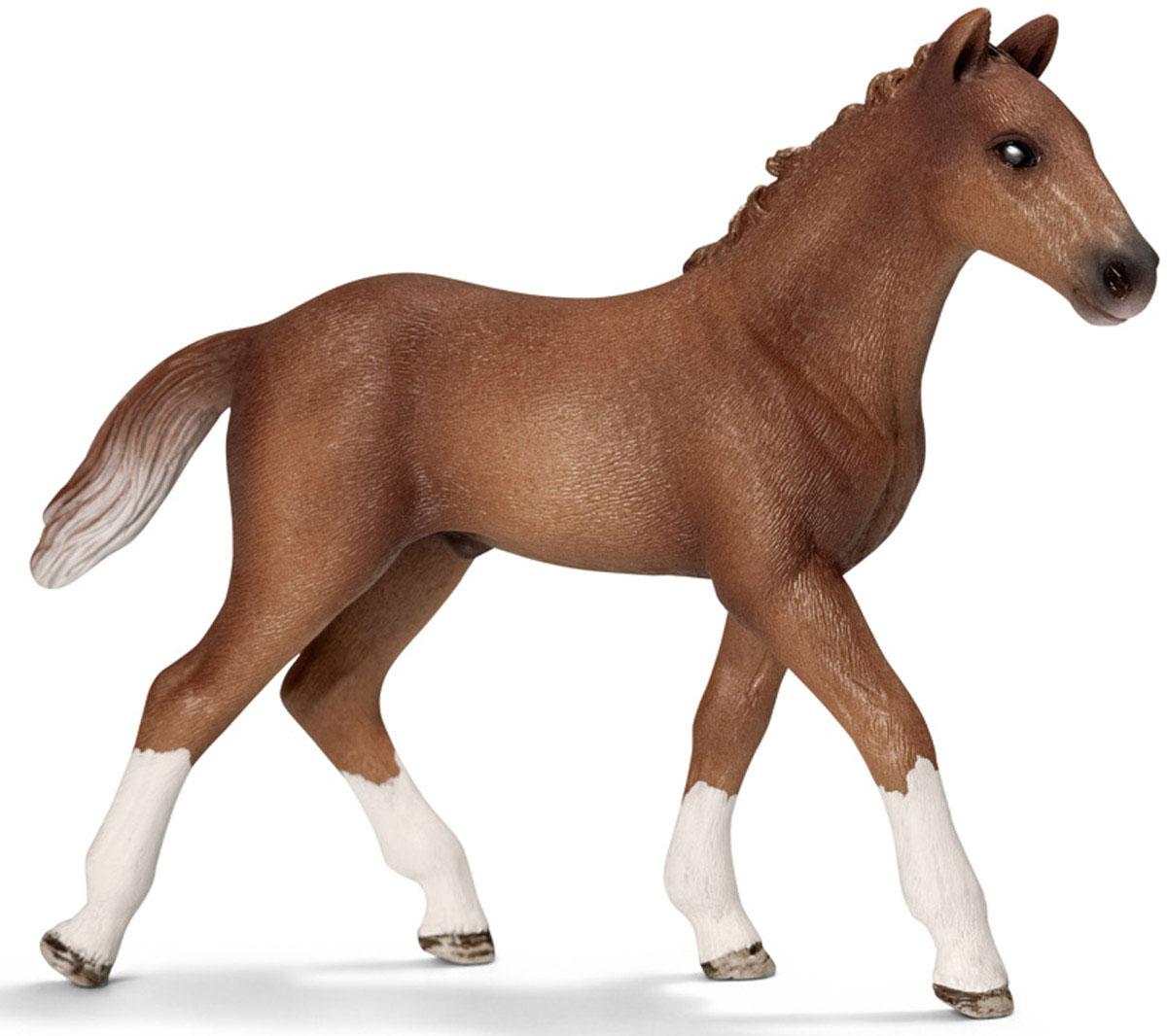 Schleich Фигурка Ганноверский жеребенок13730Фигурка Schleich Ганноверский жеребенок выполнена из безопасного для ребенка материала и раскрашена вручную. Ганноверский жеребенок из благородной спортивной породы лошадей, он превосходно подходит для выездки и конкура. Ганноверская лошадь считается самой способной в обучении, эти лошади самые понятливые, внимательные и гармоничные. Прекрасно выполненные фигурки Schleich отличаются высочайшим качеством игрушек ручной работы. Все они создаются при постоянном сотрудничестве с Берлинским зоопарком, а потому являются максимально точной копией настоящих животных. Каждая фигурка разработана с учетом исследований в области педагогики и производится как настоящее произведение для маленьких детских ручек.