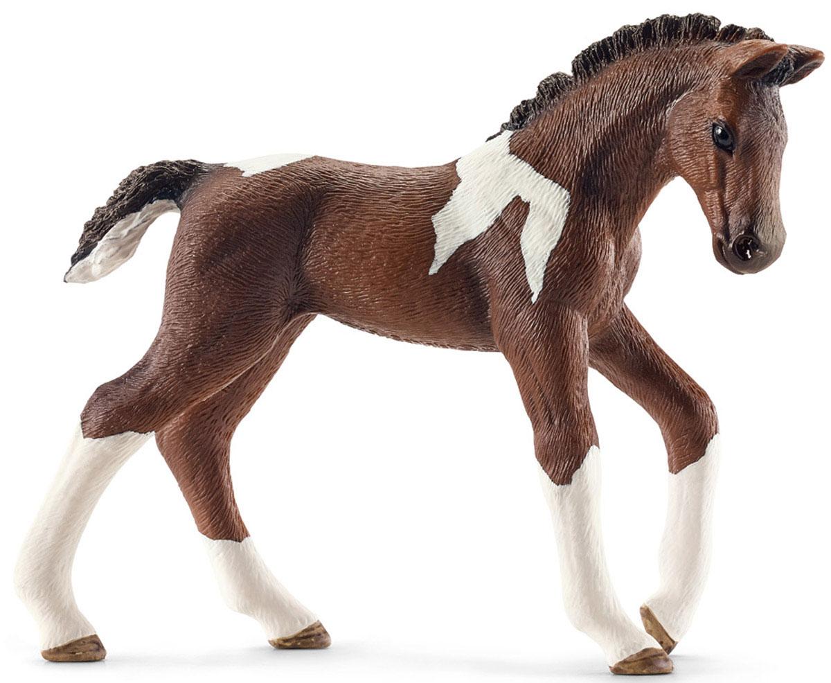 Schleich Фигурка Тракененский жеребенок13758Очаровательная фигурка Schleich Тракененский жеребенок непременно понравится вашему ребенку и разнообразит его игру с лошадьми Schleich. Тракененская порода лошадей является чистокровной породой верховой лошади и настоящим идеалом для современной спортивной езды. Они очень талантливы и легко поддаются дрессировке. Тракененская порода лошадей достигает в высоту 160 см и бывает самых разных расцветок. Фигурка изготовлена из гипоаллергенных высокотехнологичных материалов, раскрашена вручную и не вызывает аллергии у ребенка. Прекрасно выполненные фигурки Schleich отличаются высочайшим качеством игрушек ручной работы. Все они создаются при постоянном сотрудничестве с Берлинским зоопарком, а потому являются максимально точной копией настоящих животных. Каждая фигурка разработана с учетом исследований в области педагогики и производится как настоящее произведение для маленьких детских ручек.