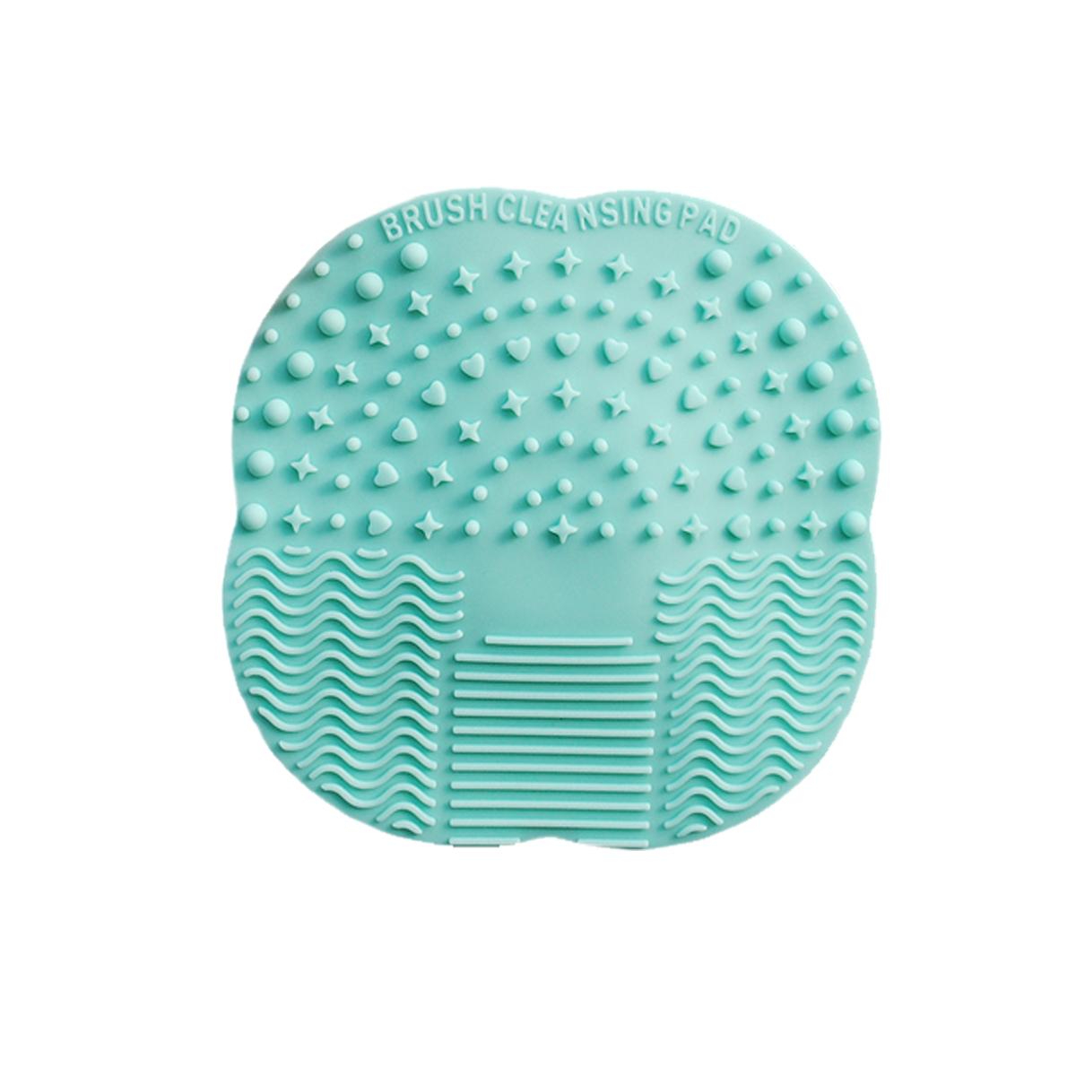 Lakoff Коврик для мытья косметических кистейSM-342016Новое поколение аксессуаров для очищения кистей. Силиконовый коврик для очистки кистей. Специально разработанные рельефные поверхности эффективно удаляют макияж с кистей и снижают расход моющих средств. Поверхность с мелким узором предназначена для очищения маленьких кистей: для губ, для теней. Волнистая поверхность для очищения больших кистей: для пудры, для основы, для румян