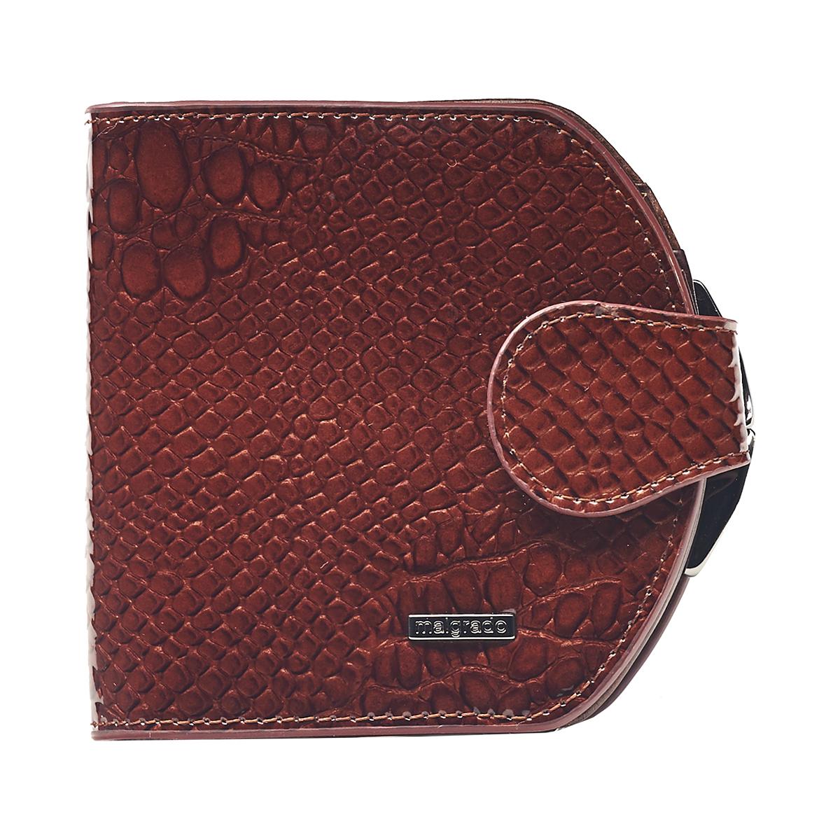 Кошелек женский Malgrado, цвет: коричневый. 41007-0440341007-04403# Brown Кошелек Сред. MalgradoСтильный кошелек Malgrado изготовлен из натуральной кожи красного коричневого высшего качества с тиснением под рептилию. Внутри два глубоких кармана для купюр, три кармашка для визиток, один пластиковый кармашек для фото. Сзади расположен карман на защелке для мелочи. Кошелек закрывается хлястиком на кнопку. Кошелек упакован в коробку из плотного картона с логотипом фирмы. Такой кошелек станет замечательным подарком человеку, ценящему качественные и практичные вещи.