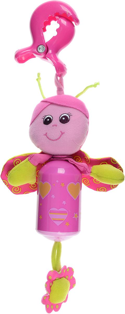 Tiny Love Игрушка-подвеска Бабочка Софи110890Е001_розовый, салатовый, сердечки, звездочкиЯркая игрушка-подвеска Tiny Love Бабочка Софи, несомненно, придется по душе вашему малышу. Игрушка выполнена из пластика и текстильного материала различных фактур. Внутри туловища игрушки, выполненного в виде пластикового цилиндра, расположен колокольчик, звенящий при тряске, а в крылышках - шуршащий элемент. Снизу к игрушке на текстильной веревочке крепится цветочек. С помощью пластиковой клипсы игрушку легко можно прикрепить к детской кроватке, коляске или автомобильному креслу. Игрушка-подвеска Бабочка Софи поможет развить у малыша мелкую моторику рук, звуковое и зрительное восприятие, тактильные ощущения, координацию движений, а милый жизнерадостный образ подарит малышу хорошее настроение!