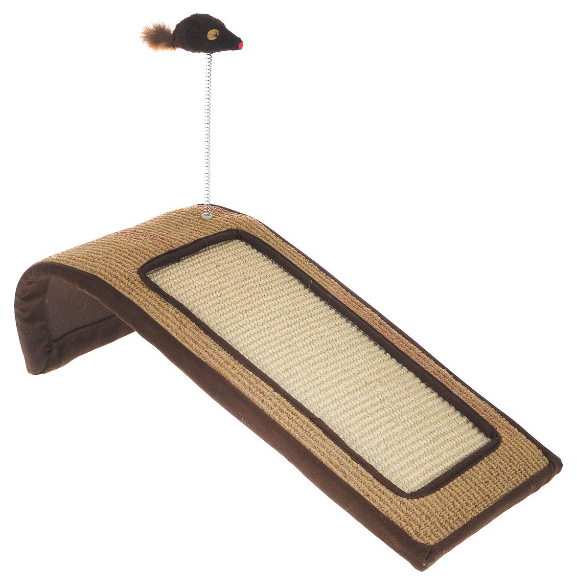 Когтеточка Triol Горка, с игрушкой, 50 х 22 х 14 смNT144Когтеточка Triol Горка станет любимым местом для вашего питомца. Мышка на пружине привлечет дополнительное внимание к когтеточке. Изделие выполнено из ДСП, текстиля, ковролина и сизаля. Структура материала когтеточки позволяет кошачьим лапкам проникать внутрь и извлекаться с высоким трением, так что ороговевшие частички когтя остаются внутри волокон. По своей природе сизаль обладает уникальным антистатическим свойством, следовательно, когтеточка не накапливает пыль, что является дополнительным привлекательным качеством, поскольку облегчает процесс уборки.