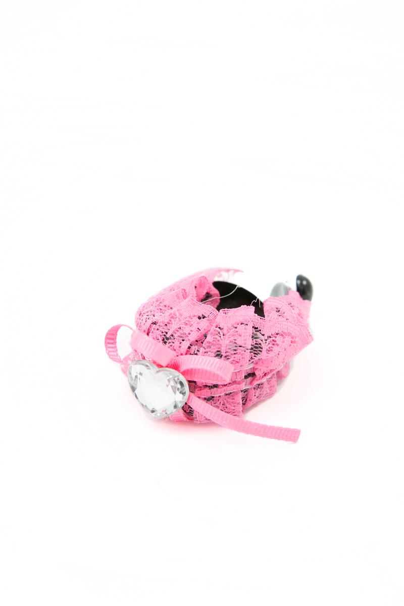 Зажим для волос Mitya Veselkov, цвет: розовый. 1058-PINK-DAM1058-PINK-DAMСтильный зажим для волос Mitya Veselkov изготовлен из пластика, декорирован лентой и стразом в виде сердца.