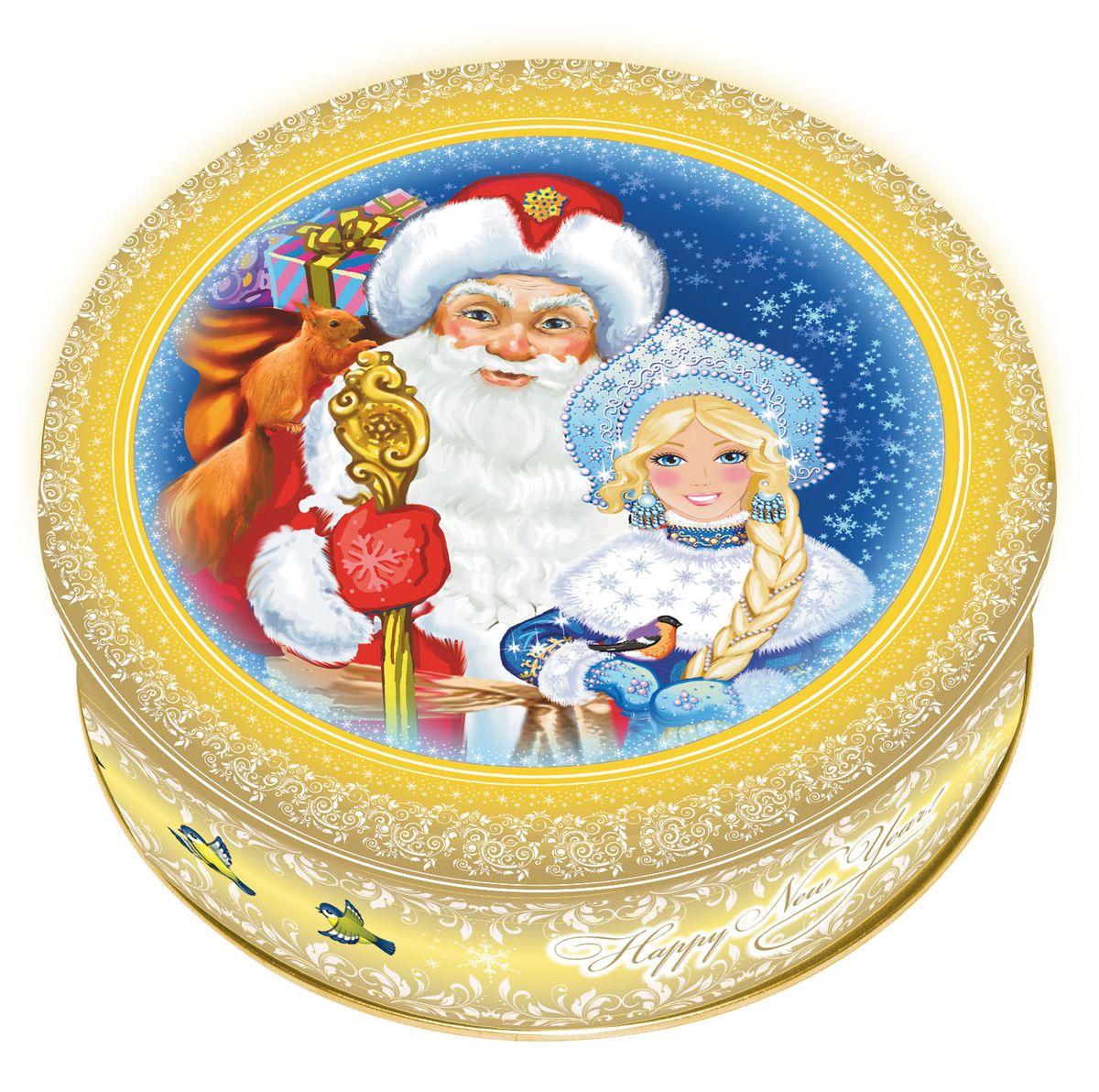 Сдобное печенье со сливочным маслом в подарочной банке с изображением главных персонажей Нового года — Деда Мороза и Снегурочки. Отличный новогодний подарок! 100% натуральный продукт изготовлен на фабрике «МАК-Иваново», принадлежащей ГК «Сладкая сказка». Полный цикл производства включает также изготовление самой банки.