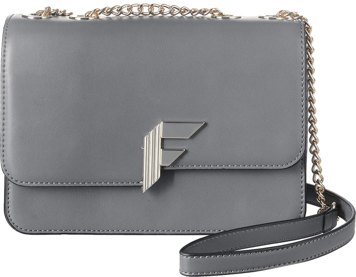 Сумка женская Fiorelli, цвет: серый. 8527 FH8527 FH City GreyСтильная сумка Fiorelli выполнена из высококачественной искусственной кожи. Изделие оформлено металлической пластинкой с логотипом бренда. Сумка оснащена удобным плечевым ремнем, который выполнен в виде цепочки. Изделие закрывается клапаном на магнитную кнопку. Внутри расположено три отделения, которые содержат два открытых накладных кармана для телефона и мелочей и один вшитый карман на молнии.