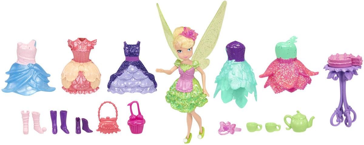 Disney Fairies Игровой набор с мини-куклой Фея Динь-Динь885400Игровой набор Disney Fairies Фея Динь-Динь обязательно понравится вашей малышке. Фея Динь-Динь приглашает на чаепитие! Хозяйка будет появляться в разных нарядах. В набор входят куколка, столик, 2 чашки, тортик с отдельным куском, чайник, 2 сумочки, крылья, 6 платьев и 3 пары обуви. Кукла со светлыми волосами выполнена из прочного пластика. Ее головка, ручки и ножки подвижны. Завершают сказочный образ полупрозрачные крылья феи. Игры с куклой способствуют эмоциональному развитию ребенка, а также помогают формировать воображение и художественный вкус. Малышка проведет множество счастливых часов, играя с очаровательной феей. Великолепное качество исполнения делают эту игрушку чудесным подарком к любому празднику.