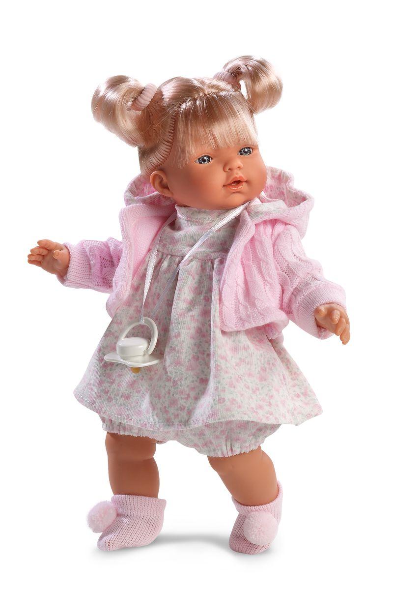 Llorens Пупс Хейди цвет одежды розовыйL 33272Кукла выглядит очень реалистично и напоминает маленькую девочку? с очаровательным личиком с выразительной мимикой. У ?Хейди красивые светлые волосы, заправленные в забавные хвостики с бантиками, которые можно расчесать и уложить в другие прически. На игрушке надето светлое? платьице, а также яркая ? розовая? кофточка с капюшоном и теплые носочки с помпончиками. Ножки и ручки игрушки можно приводить в движение во время игр, а голову поворачивать. Игрушка поставляется в красивой картонной коробке, поэтому станет прекрасным подарком к празднику или торжественному событию.