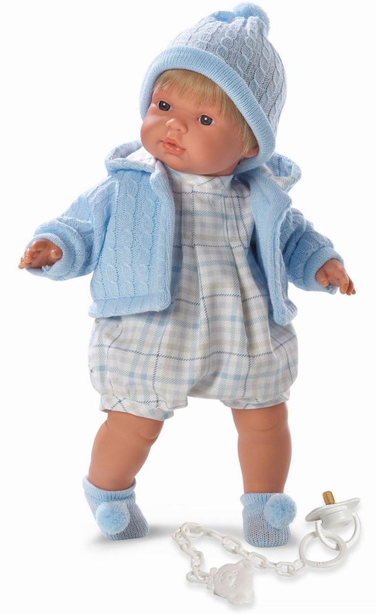 Llorens Кукла Пабло 38 смL 38537Кукла из ПВХ с мягконабивным туловищем с наполнителем из синтетического волокна. Кукла умеет плакать и говорить мама, папа. Одета в светлый комбинезон, голубую кофточку, шапочку, носочки. К кукле прилагается соска. Если вынуть соску изо рта куклы, то она начинает плакать. Для того чтобы кукла перестала плакать - поместите соску в рот. Глазки у куклы не закрываются. Упакована в подарочную упаковку.