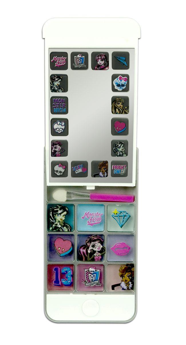 Markwins Игровой набор детской декоративной косметики Monster High iPhone 59601651С набором декоративной косметики Markwins Monster High девочка сможет создать яркий, стильный образ! Футляр выполнен в виде iPhone 5 и оформлен в стиле всем известного мультсериала Школа Монстров. В набор входит палитра кремовых теней, а также удобный аппликатор для их нанесения. Косметику очень легко наносить и смывать, она совершенно безопасна для детской кожи. Детская косметика Markwins создана с соблюдением самых высоких европейских стандартов безопасности. Продукция не содержит парабенов, метилизотиазолинона, пальмового масла. Предназначена для детей от 7 лет. Несмотря на высокое качество продукции и ее общую гипоаллергенность, производитель рекомендует проверить индивидуальную реакцию на косметику перед ее использованием. Просто нанесите на кожу немного косметики и подержите 30-60 минут. Если на коже появится покраснение, следует прекратить использование продукции. Эта аллергическая реакция проявляется очень редко и зависит от индивидуальных особенностей организма. ...