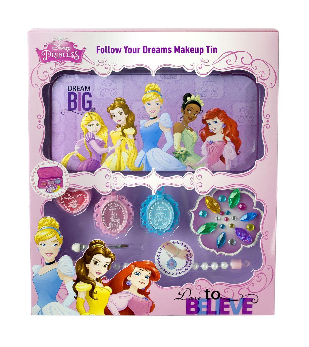 Markwins Игровой набор детской декоративной косметики Princess 96039519603951С набором декоративной косметики Markwins ваша юная модница сможет почувствовать себя настоящей принцессой! В набор входит все необходимое для создания стильного, яркого образа. Косметика на водной основе - а значит, ее легко наносить и смывать. Косметика совершенно безопасна для кожи ребенка. Кроме того, в комплект входит пенал, предназначенный для удобства хранения, а также разноцветные стразы для декорирования. Детская косметика Markwins создана с соблюдением самых высоких европейских стандартов безопасности. Продукция не содержит парабенов, метилизотиазолинона, пальмового масла. Предназначена для детей от 7 лет. Несмотря на высокое качество продукции и ее общую гипоаллергенность, производитель рекомендует проверить индивидуальную реакцию на косметику перед ее использованием. Просто нанесите на кожу немного косметики и подержите 30-60 минут. Если на коже появится покраснение, следует прекратить использование продукции. Эта аллергическая реакция проявляется очень редко и...