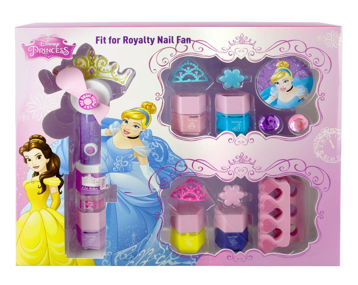 Markwins Игровой набор детской декоративной косметики Princess с феном для сушки лака9604151Состав набора: вентилятор для сушки лака на ногтях 1 шт., работает от 1 батарейки типа AA, батарейка входит в набор, лаки на водной основе для ногтей 5 шт., блёстки для украшения ногтей в баночке 1 шт., разделители для пальцев 2 шт., тиары 2 шт., кольца 2 шт., заколочки для волос 2 шт., наклейка 1 шт., стикеры для украшения ногтей.