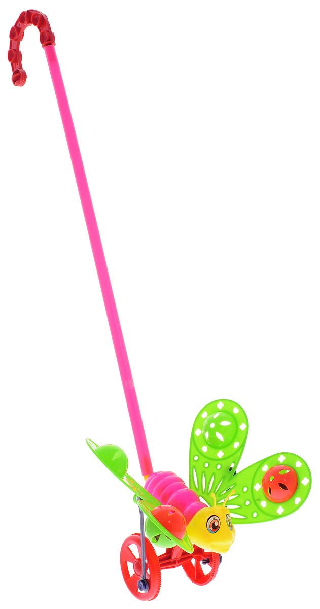 Ami&Co Игрушка-каталка Бабочка цвет салатовый розовый26379-салатовый, розовыйЗабавная игрушка-каталка Amico Бабочка станет любимой игрушкой вашего малыша. Каталка выполнена в виде бабочки, которая при движении шевелит крыльями. В крыльях бабочки находятся сферы, гремящие при тряске. Детская каталка предназначена для малышей, которые уже начали ходить самостоятельно. Яркая забавная игрушка принесет радость и веселье во время игр. Игрушка поможет развить координацию движения, тактильные навыки и мелкую моторику рук ребенка, а издаваемые ею звуки активно стимулируют слух малыша.