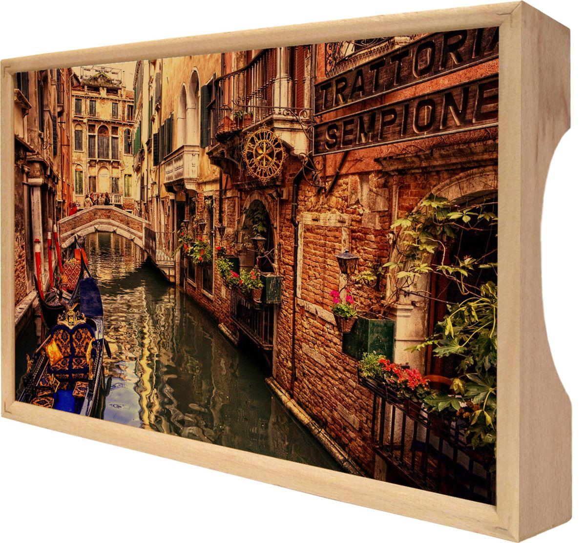 Поднос GiftnHome Венеция, 25 х 37,5 смTR-VeniceПоднос GiftnHome Венеция изготовлен из бука - благородной породы древесины. Это крепкий, экологичный и надежный материал, который идеально подходит для производства подносов. Изделие прекрасно перенесет длительную эксплуатацию и надолго сохранит свой шарм древесной структуры и природные качества. Поднос - это великолепное решение для подарка и истинный комплимент вашим любимым и близким людям. С ним вы с легкостью сможете подать кофе, завтрак в постель или вынести на веранду гостям закуски и фрукты. Помимо функциональной пользы, данное изделие изысканно дополнит интерьер помещения и внесет уют в домашнее пространство. Нанесенные на поднос дизайнерские принты от Креативной Студии АнтониоК делают изделие уникальным.