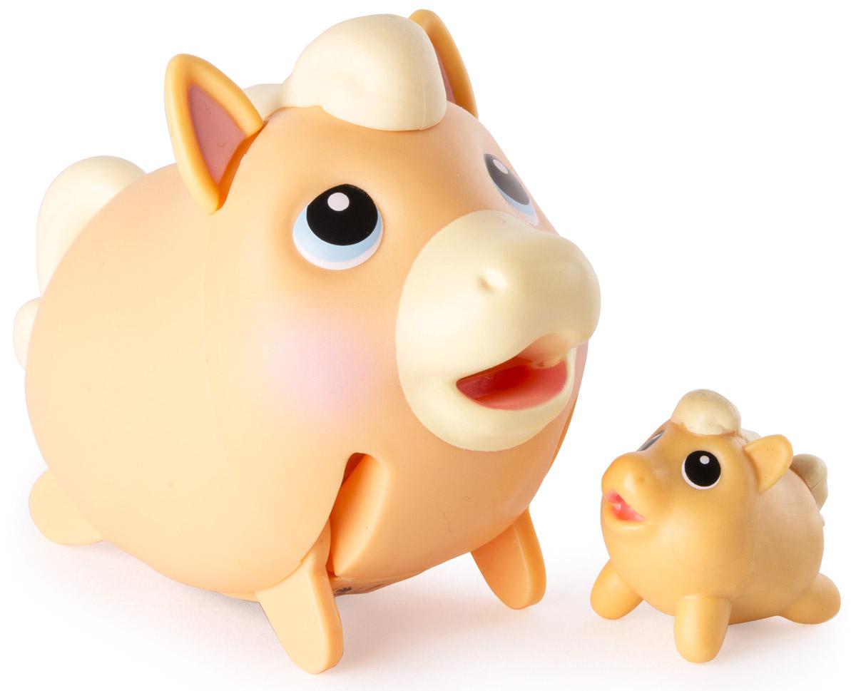 Chubby Puppies Набор фигурок Лошадь Паломино56709_20074362_лошадь паломиноНабор фигурок Chubby Puppies Лошадь Паломино - это функциональная фигурка забавной лошадки и ее точная миниатюрная копия, которые наверняка понравятся вашему ребенку. Лошадка умеет прыгать галопом, благодаря чему игра с ней становится еще более интересной и увлекательной. Хвостик и ушки у лошадки подвижные. Набор предназначен для увлекательной сюжетно-ролевой игры и выглядит очень ярко и эффектно. Набор выполнен из качественного пластика и совершенно безопасен для здоровья вашего ребенка. Порадуйте вашего малыша таким замечательным подарком! Для работы требуется 1 батарейка напряжением 1,5 V типа ААА (входит в комплект).