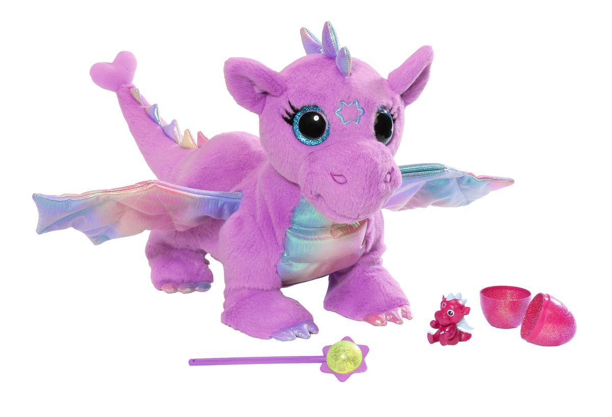 Baby born Интерактивная игрушка Дракон цвет фиолетовый822-456Оригинальная интерактивная игрушка Baby Born Дракон обязательно понравится вашей дочурке. Плюшевый дракон с радужными крылышками выглядит поистине сказочно, а если дотронуться до его лба волшебной палочкой из комплекта, он издаст мелодичное урчание, а его глазки засветятся. А при поднятии хвостика, дракон откладывает яйца. В яйце можно найти маленького дракошку. Выполнена игрушка из безопасных гипоаллергенных материалов. Такой дракончик станет замечательным другом для вашей малышки. Рекомендуется докупить 3 батарейки типа LR44 (товар комплектуется демонстрационными).