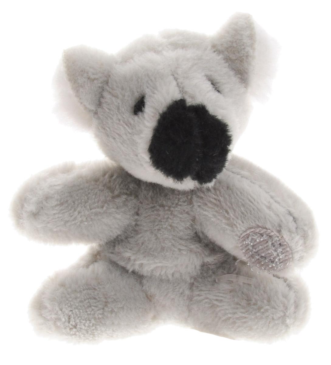 Beanzees Мягкая игрушка Коала Kiki 5 смB31001_12_серый коалаСимпатичная миниатюрная мягкая игрушка Beanzees Коала Kiki - это игрушка три в одном. Ее приятно держать в руках, увлекательно коллекционировать, а также эти игрушки можно соединять между собой с помощью липучек и носить как оригинальное украшение на шею или на руку. По легенде эти крошечные животные обитают все вместе в волшебном лесу под названием Бинзилэнд, в котором всегда ярко светит солнышко и цветут цветы. Размер игрушки 5 см, она выполнена из мягкого гипоаллергенного материала, набивка - синтетическое волокно, в том числе специальные пластиковые гранулы, делающие эту игрушку замечательным антистрессом. На лапках коалы располагаются маленькие текстильные липучки, с помощью которых игрушку можно соединять с другими.