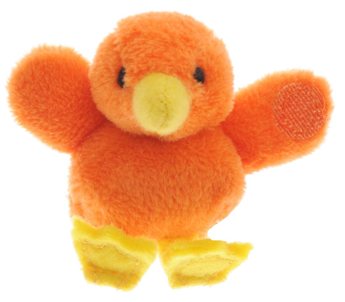 Beanzees Мягкая игрушка Цыпленок Chico 5 смB31001_10_оранжевая птичкаСимпатичная миниатюрная мягкая игрушка Beanzees Цыпленок Chico - это игрушка три в одном. Ее приятно держать в руках, увлекательно коллекционировать, а также эти игрушки можно соединять между собой с помощью липучек и носить как оригинальное украшение на шею или на руку. По легенде эти крошечные животные обитают все вместе в волшебном лесу под названием Бинзилэнд, в котором всегда ярко светит солнышко и цветут цветы. Размер игрушки 5 см, она выполнена из мягкого гипоаллергенного материала, набивка - синтетическое волокно, в том числе специальные пластиковые гранулы, делающие эту игрушку замечательным антистрессом. На лапках цыпленка располагаются маленькие текстильные липучки, с помощью которых игрушку можно соединять с другими.