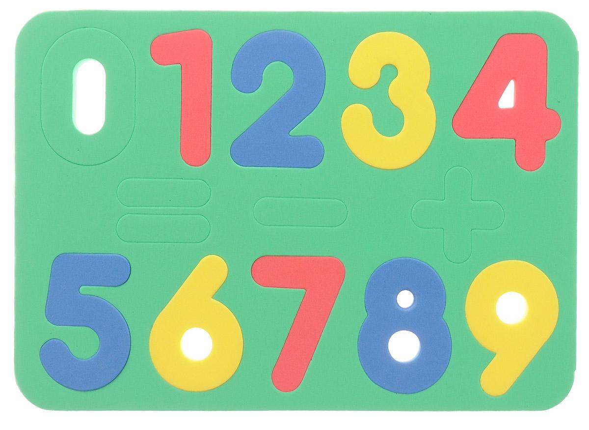 Бомик Пазл для малышей Цифры204Мягкая мозаика выполнена в виде рамки, на которой расположены разноцветные цифры от 0 до 9 и три математических знака. Мозаика изготовлена из мягкого, прочного материала, который обеспечивает большую долговечность и является абсолютно безопасным для детей. В комплект с мозаикой входит картонная линейка с таблицей умножения. Мягкая мозаика развивает у ребенка память, воображение, моторику, пространственное и логическое мышление, знакомит цифрами и учит решать простейшие математические примеры. Обучение происходит прямо во время игры!