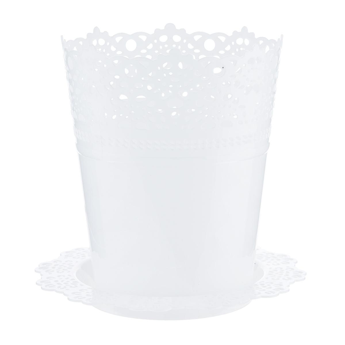 Кашпо Idea Ажур, с подставкой, цвет: белый, диаметр 18,5 смМ 3093Кашпо Idea Ажур изготовлено из полипропилена (пластика). Специальная подставка предназначена для стока воды. Верх изделия и подставка оформлены перфорацией, напоминающей кружево. Изделие прекрасно подходит для выращивания растений и цветов в домашних условиях. Диаметр подставки: 23,5 см.