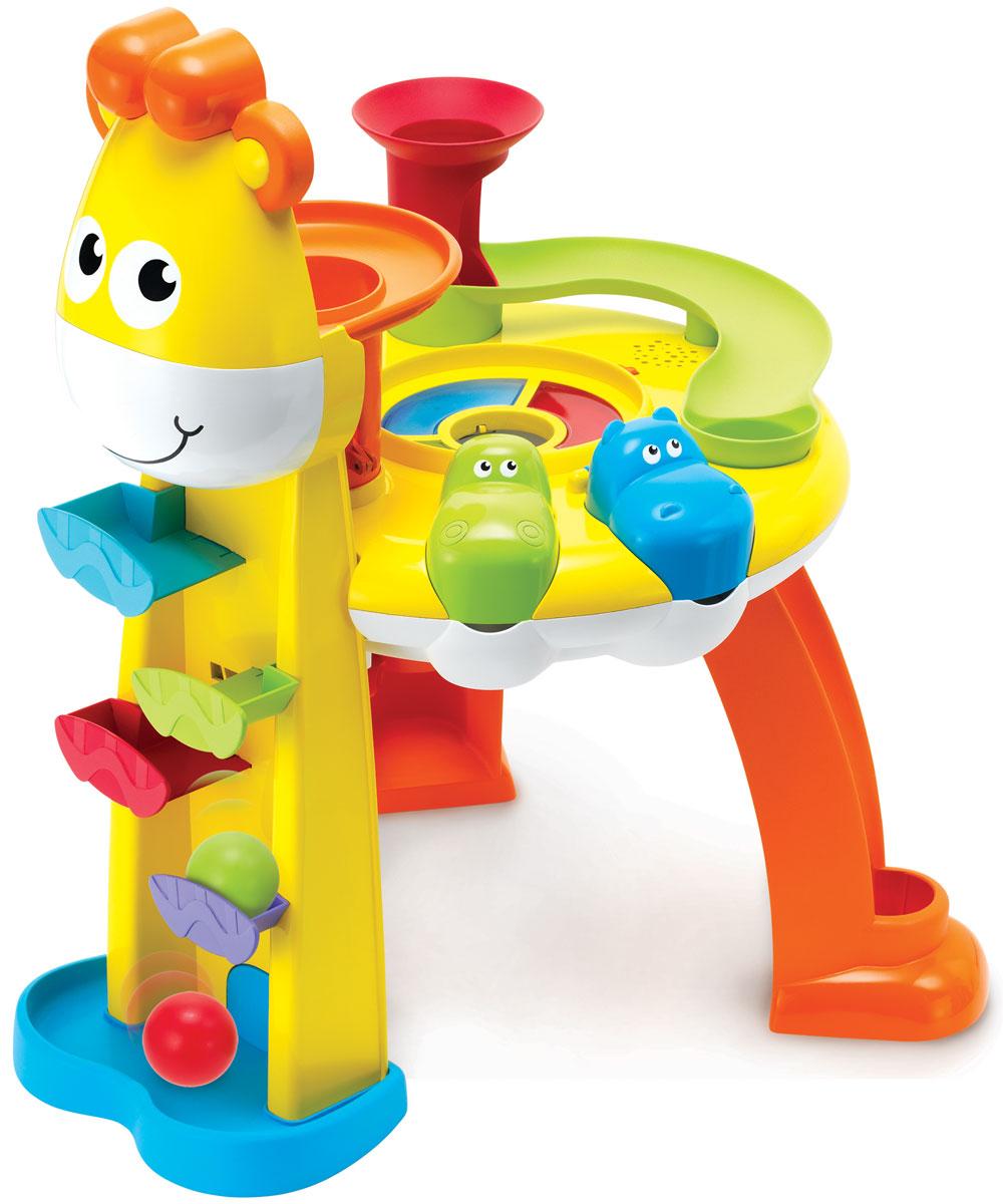 B kids Развивающий центр Веселый жираф004640Игровой набор B kids Веселый жираф - это оригинальная версия развивающего столика. Здесь у вас есть несколько пластиковых шариков и стол в виде жирафа, на котором имеются дорожки, воронки и мельница - словом, все, чтобы сделать путешествие шариков захватывающим. Устанавливайте переключатель в интерактивный режим и начинайте игру. Шарики будут подскакивать в воздух и падать в одну из воронок, скатываясь по горкам или оказываясь в пасти у бегемотиков. В это время звучит музыка и загораются лампочки. Размеры столика в собранном виде: 60 см х 45 см х 45 см. Для работы игрушки необходимы 3 батарейки типа АА напряжением 1,5V (не входят в комплект).