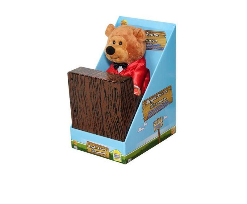 Музыкальные подарки Мягкая игрушка Медвежонок пианистYJK6301Представляем Вашему вниманию замечательного медведя, который исполняет знаменитую песню «Давай пожмём друг другу руки». Во время исполнения песни мишка задорно покачивается в разные стороны и ударяет лапками по клавишам, играя на пианино.