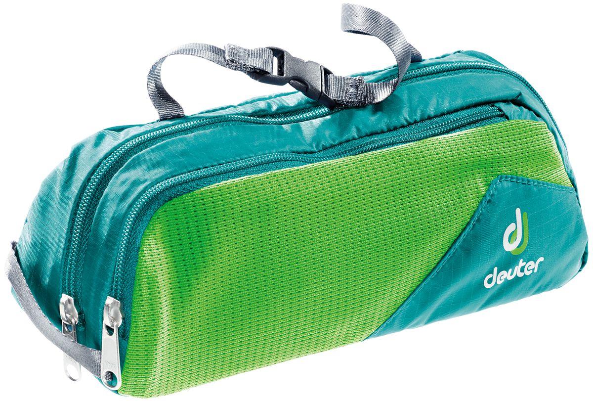 Косметичка Deuter Wash Bag Tour I, цвет: голубой, зеленый, 20 х 4 х 10 см39482_3219Дорожная косметичка Deuter Wash Bag Tour l, выполненная из полиамида и нейлона, незаменима в путешествиях и командировках. Косметичка содержит одно отделение, разделенное сетчатой перегородкой внутри. Спереди имеется карман на застежке-молнии с внешней сетчатой вставкой. Изделие снабжено текстильной петлей для подвешивания и ручкой с пластиковой защелкой для переноски. Стильная дорожная косметичка Deuter Wash Bag Tour l станет практичным аксессуаром, который идеально дополнит ваш образ.
